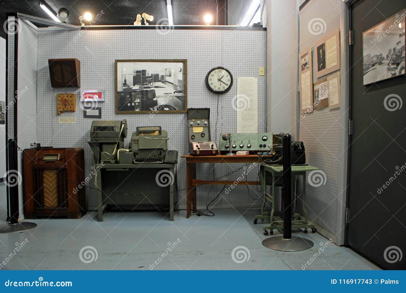 Дисплей в международных музее UFO и исследовательскийа центр, Roswell, Неш-Мексико