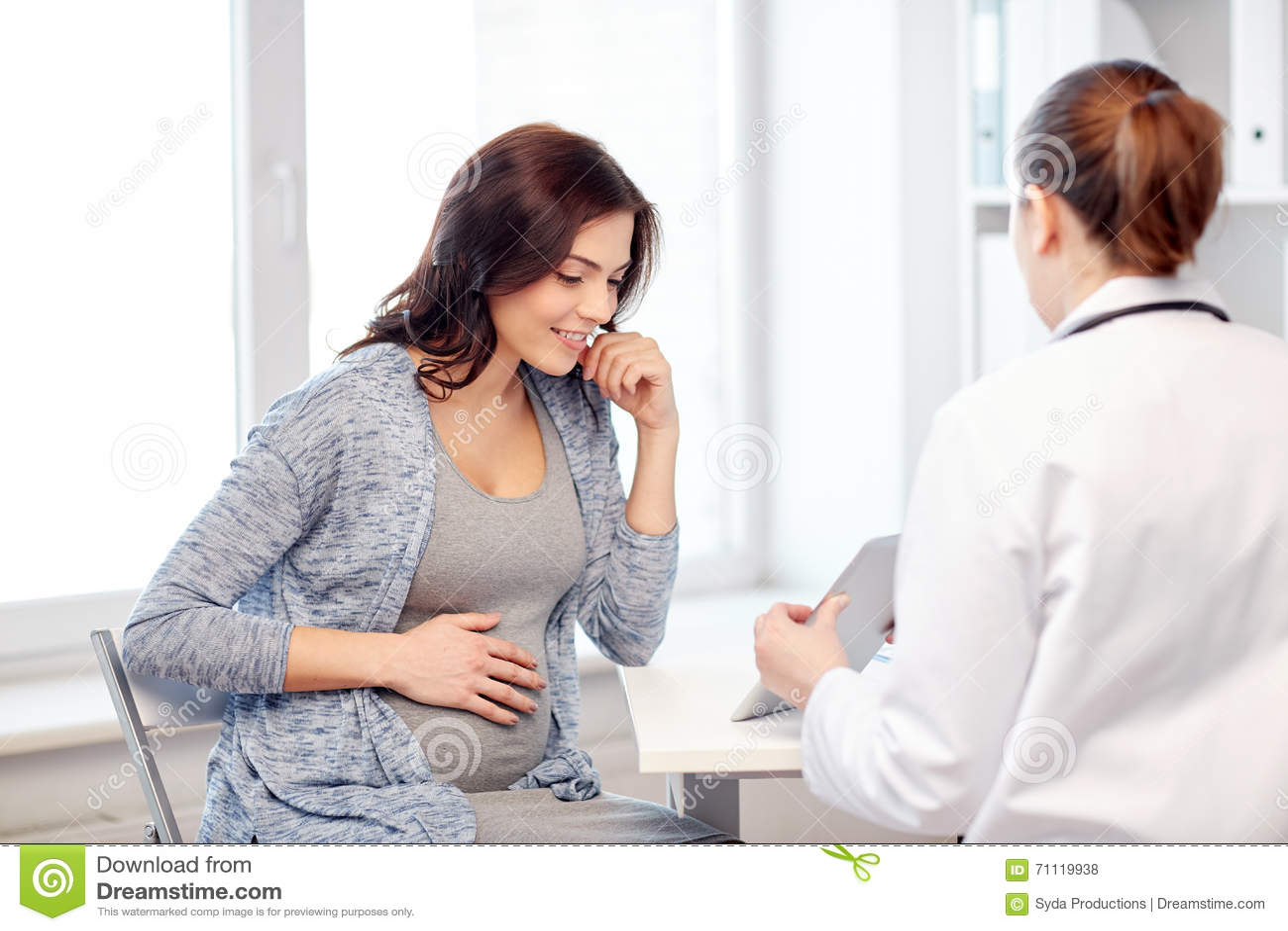 Фото женщина у гинеколога, молодой трансик ебется видео
