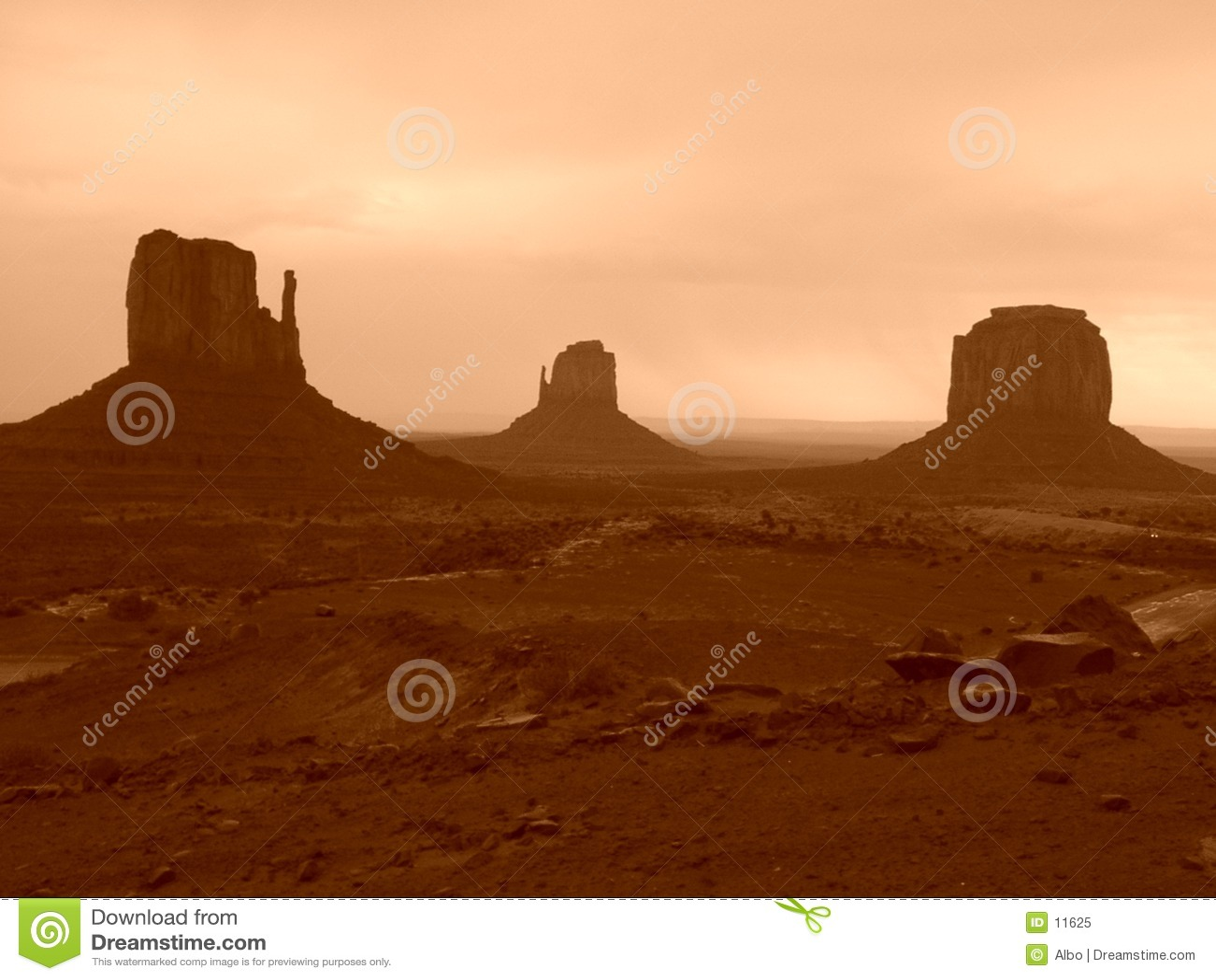 долина памятника