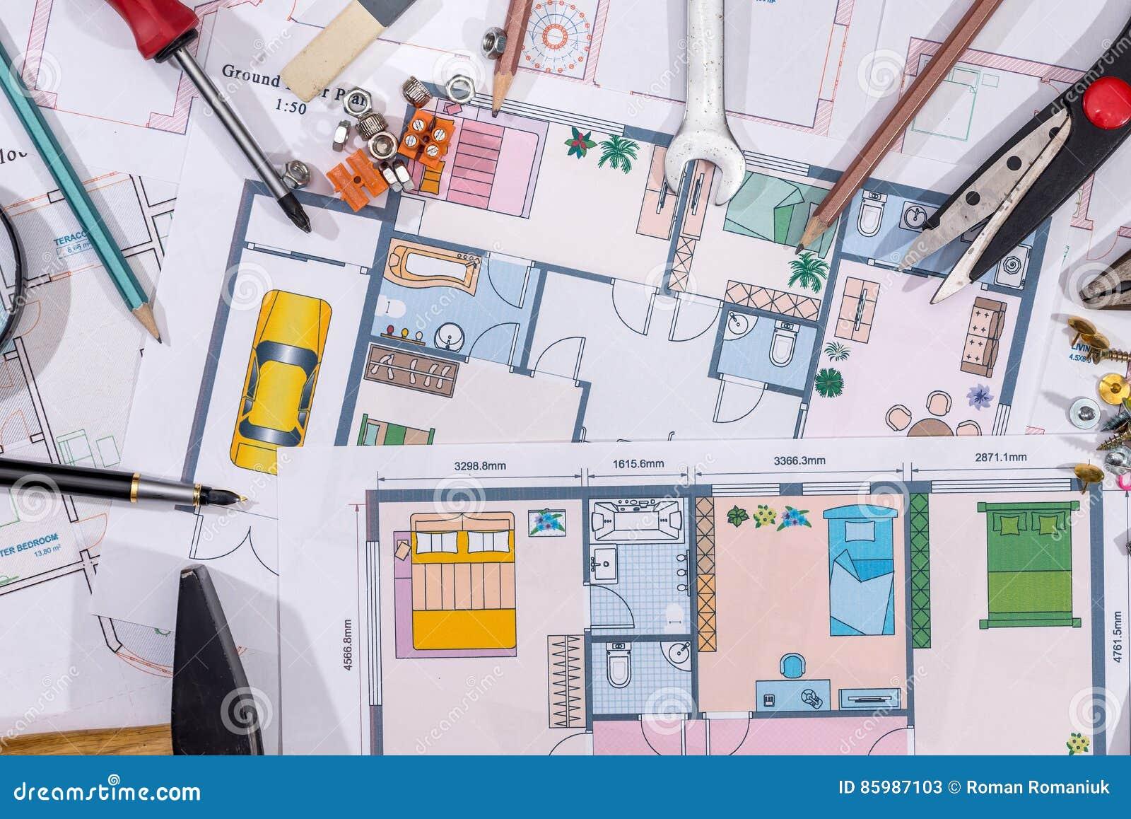 Домашние планы строительства с чертегными инструментами Макрос