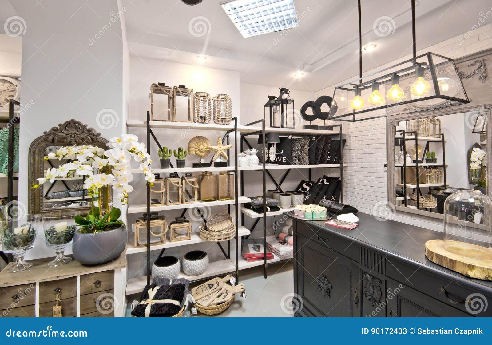 Домашний интерьер магазина украшений Стоковое Изображение ... ac46330b938