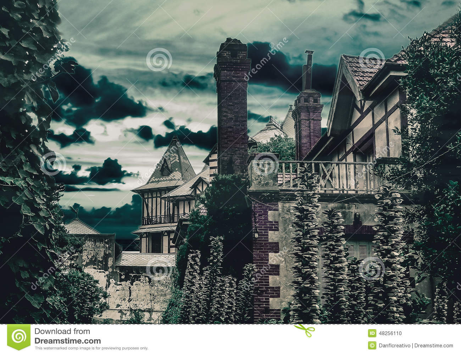 Дома стиля темной сцены средневековые