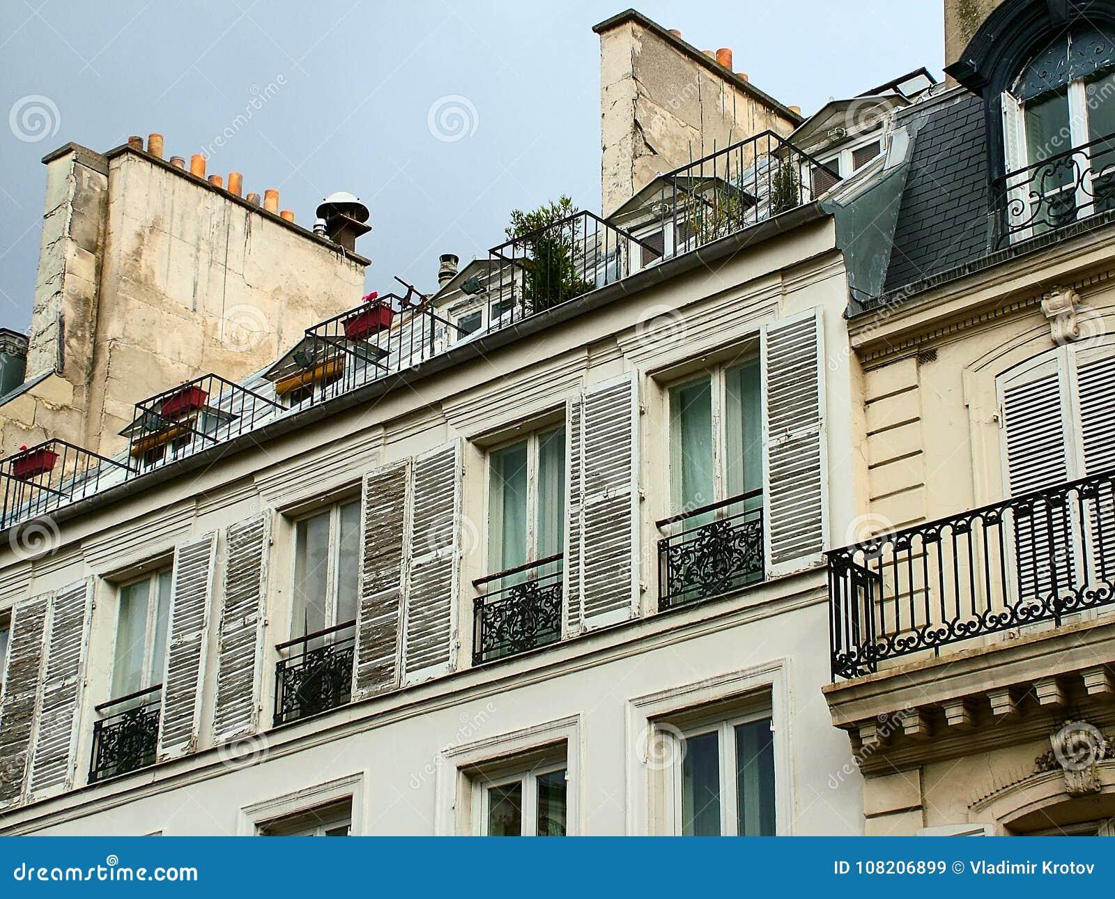 Дом в париже дубай квартира купить авито