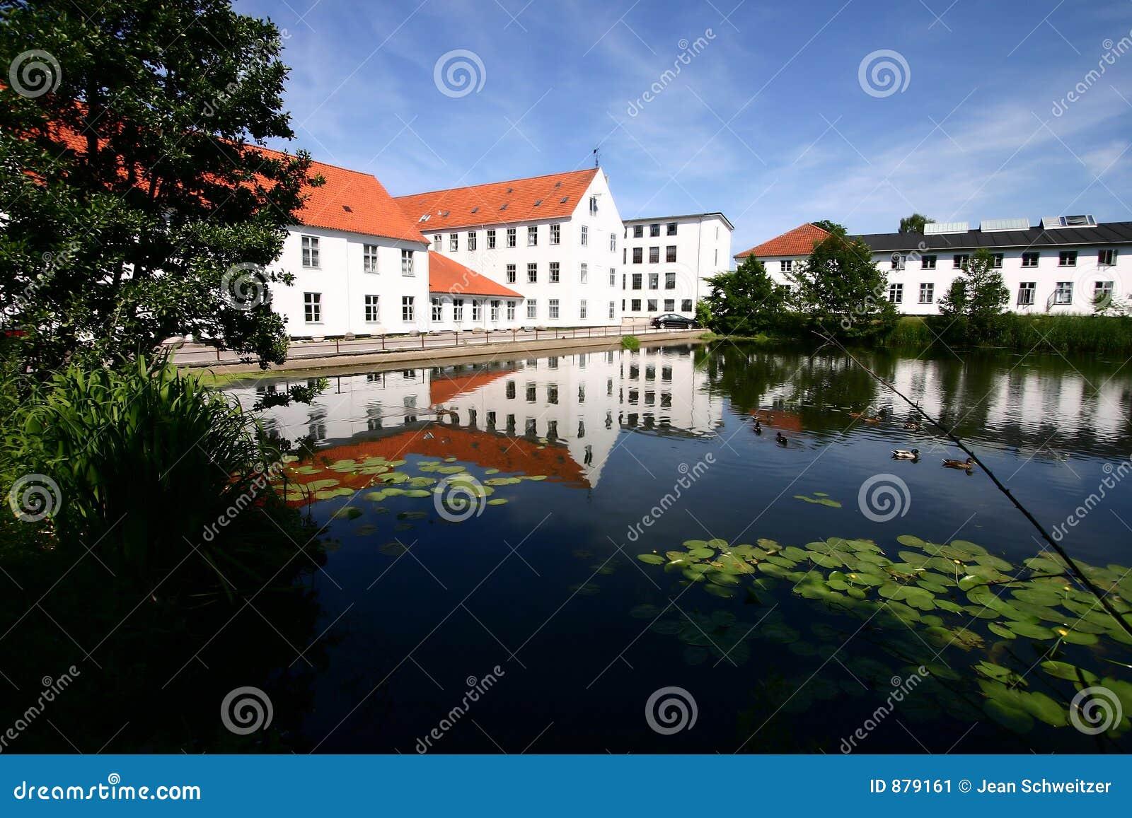 дом Дании