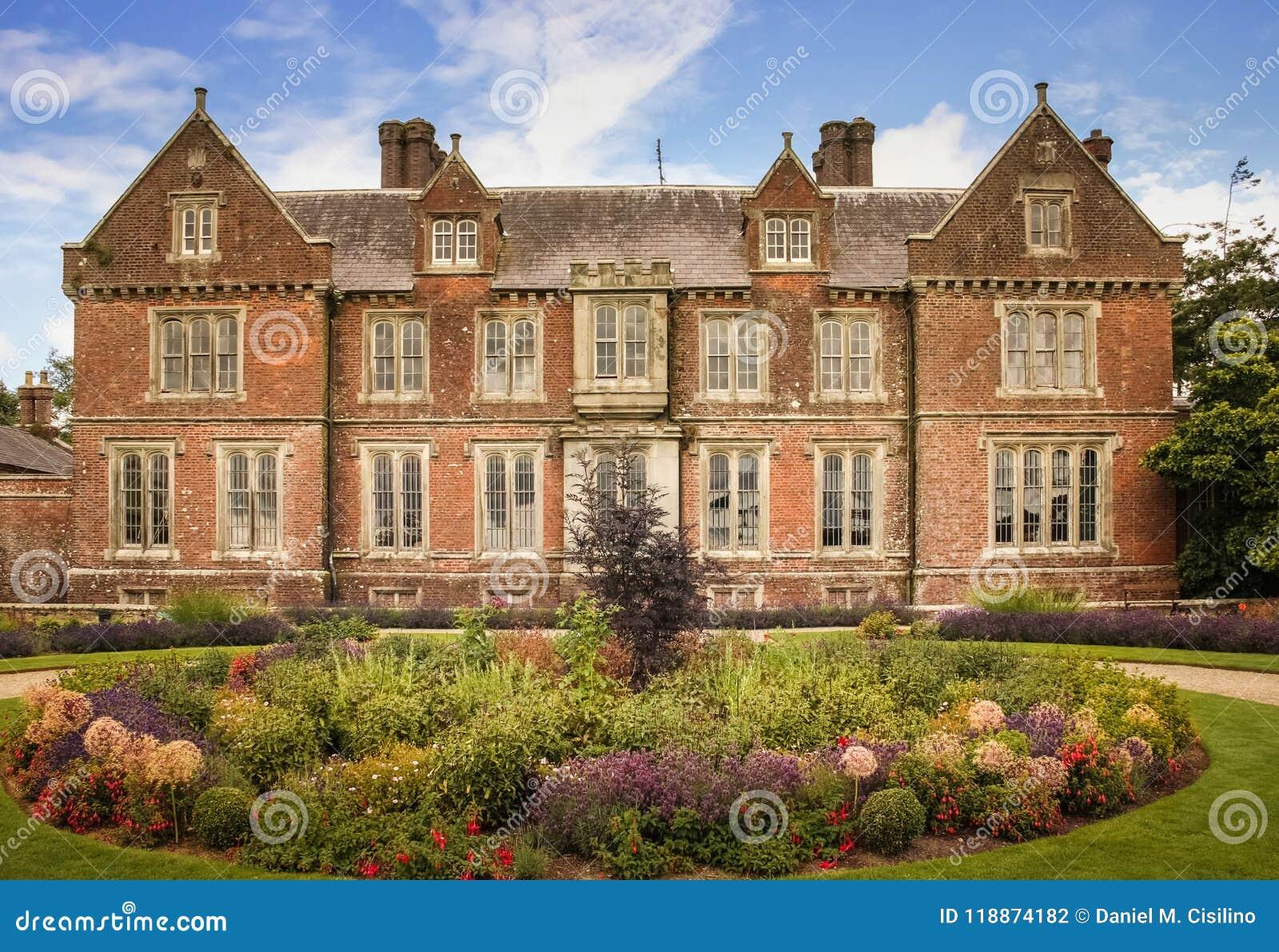 Дом и сады Wells Wexford Ирландия