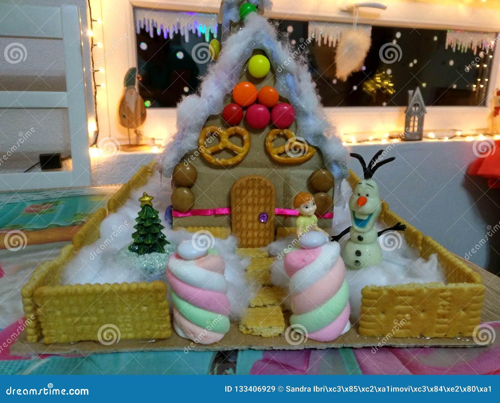 Дом конфеты