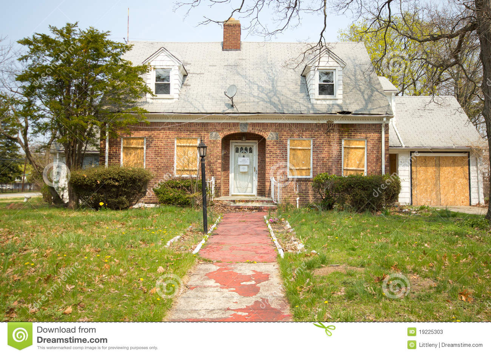 дом foreclosure