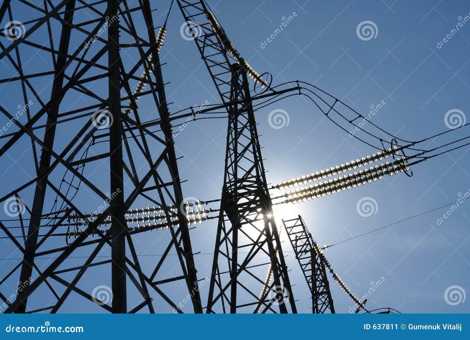 Download дороги электричества стоковое изображение. изображение насчитывающей утюг - 637811