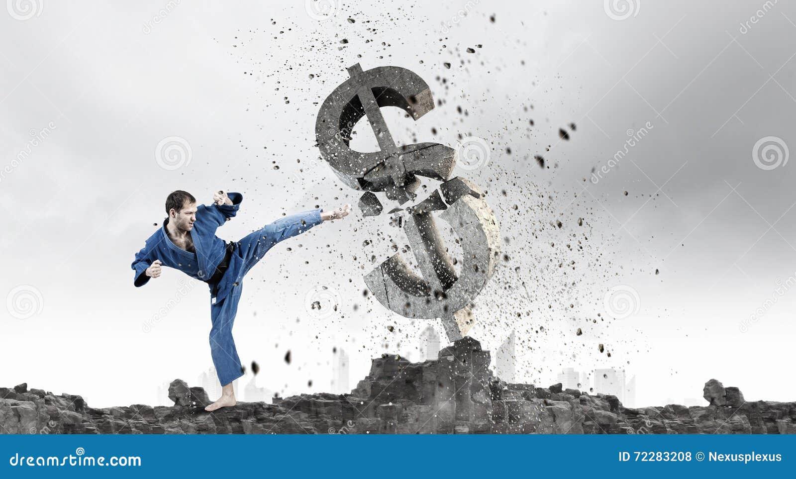 Download Доллар нападения человека карате Стоковое Фото - изображение насчитывающей приложения, bluets: 72283208