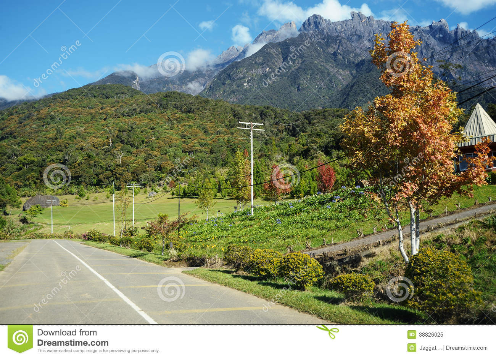 Долина земледелия около горы Kinabalu