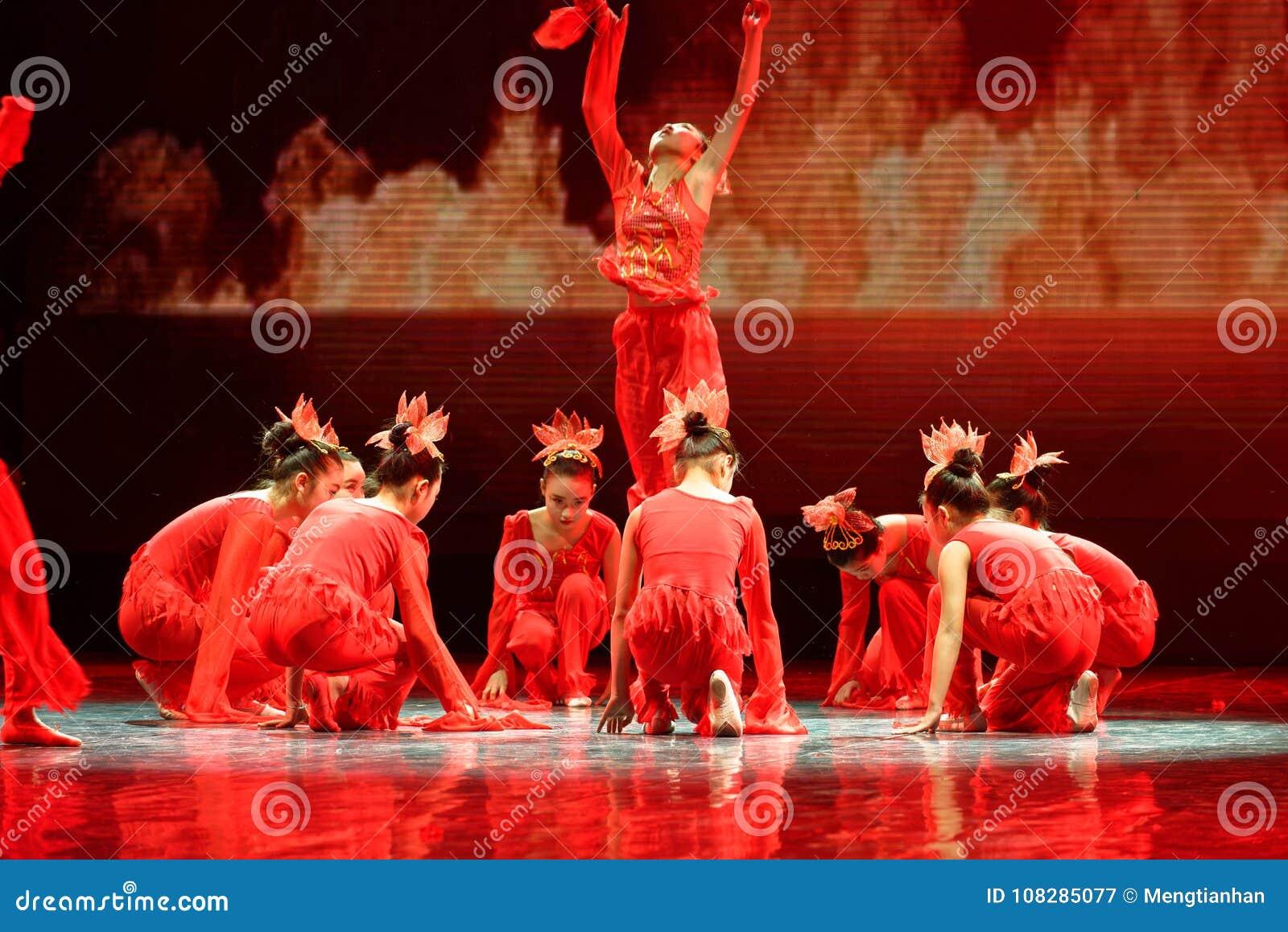 Дух танца ` s детей испытания академии танца Пекина огня сортируя выставки Цзянси достижения выдающего уча
