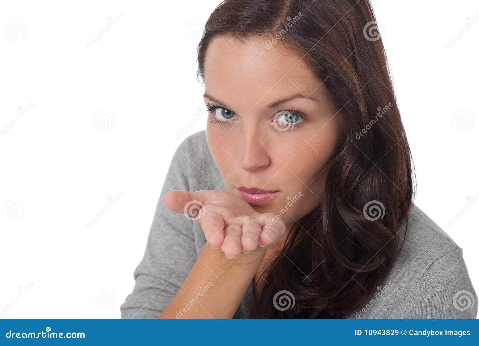 дуя счастливая женщина поцелуя молодая