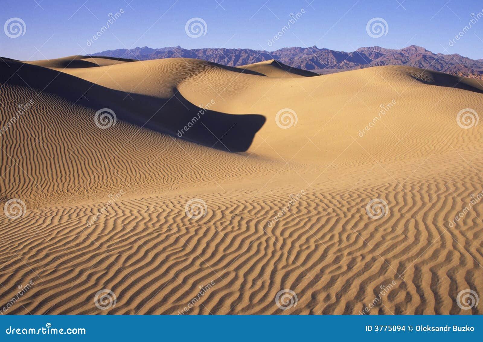 дюны смерти зашкурят долину
