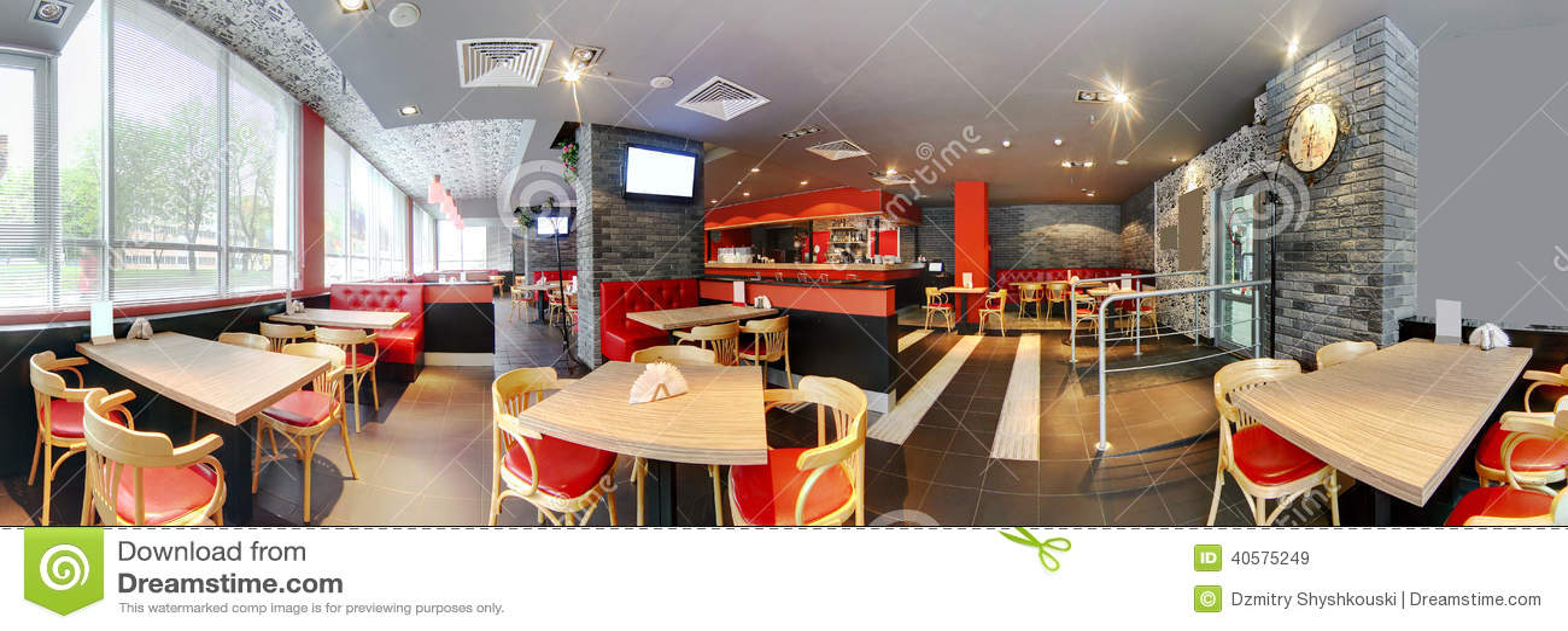 Европейский ресторан в ярких цветах