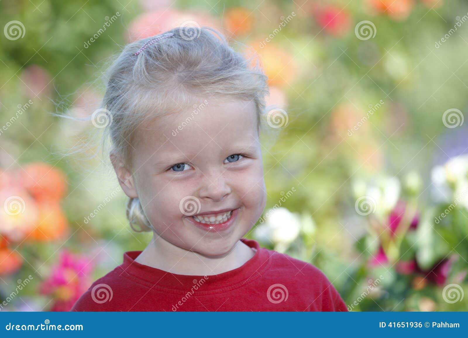 девушка счастливая
