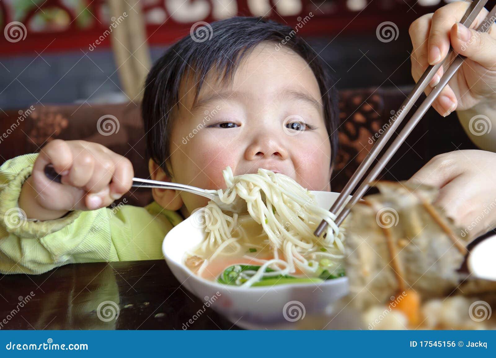 еда младенца