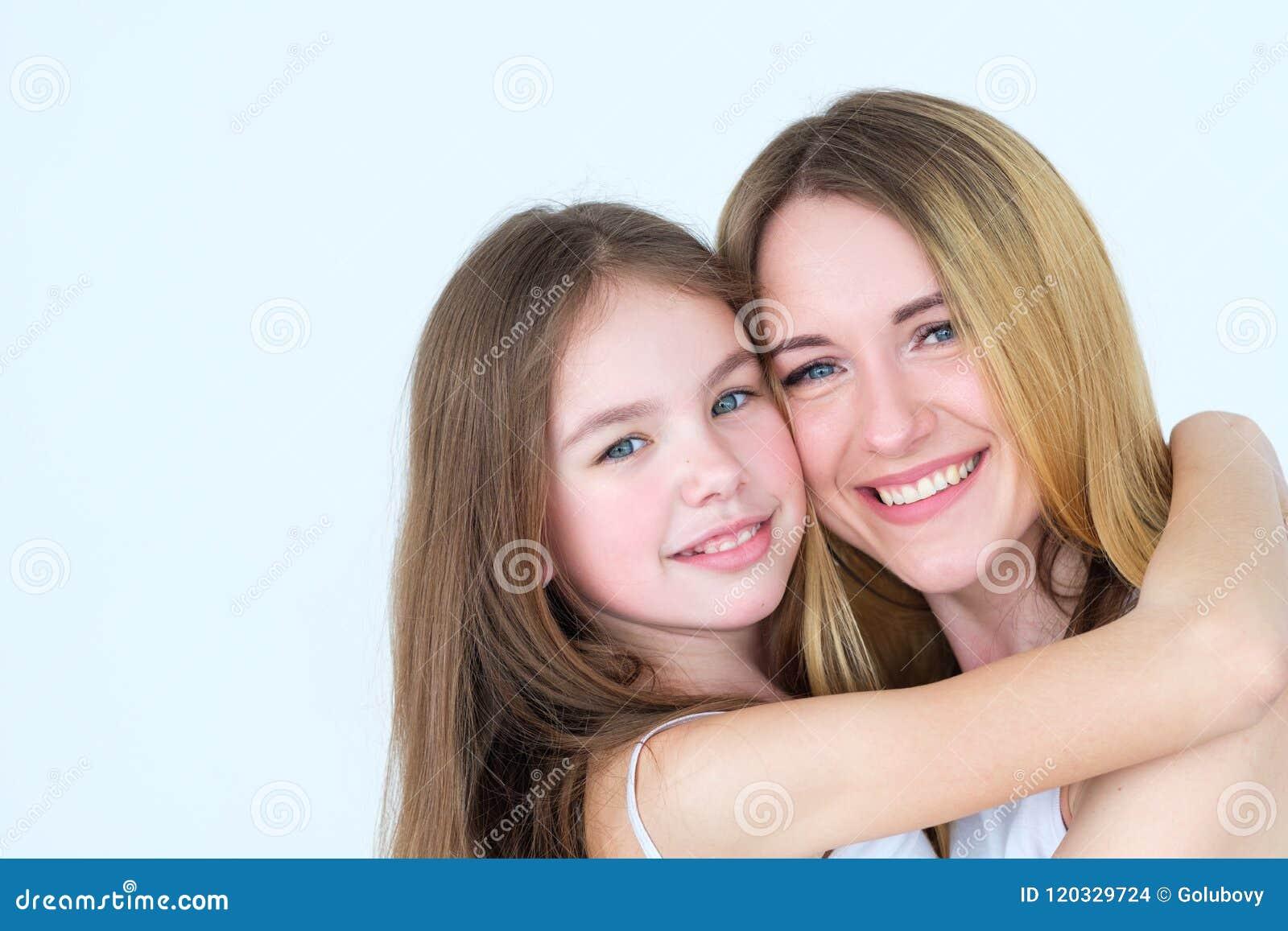 Единство близких родственников отношения ребенка влюбленности родительское