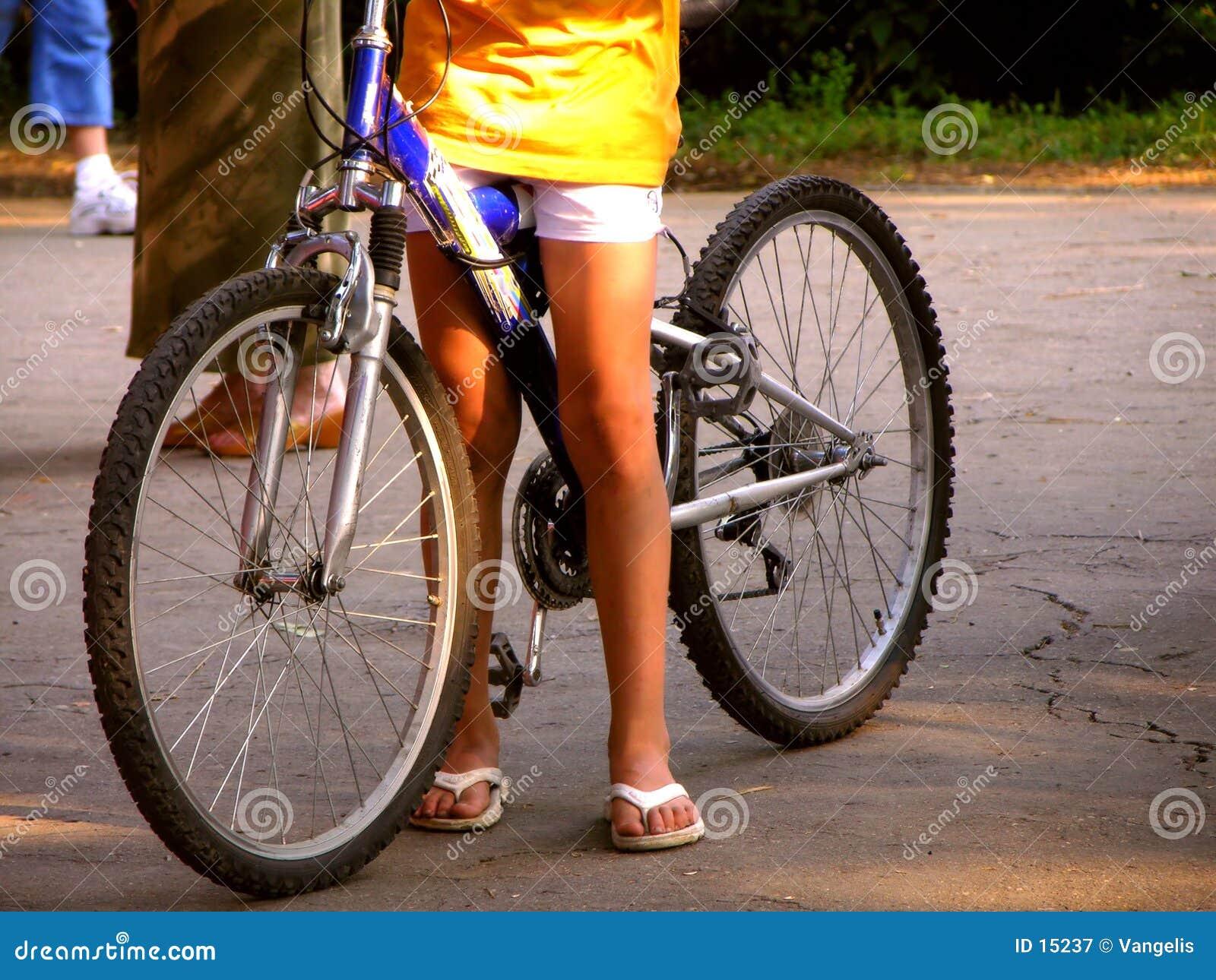 езда велосипеда