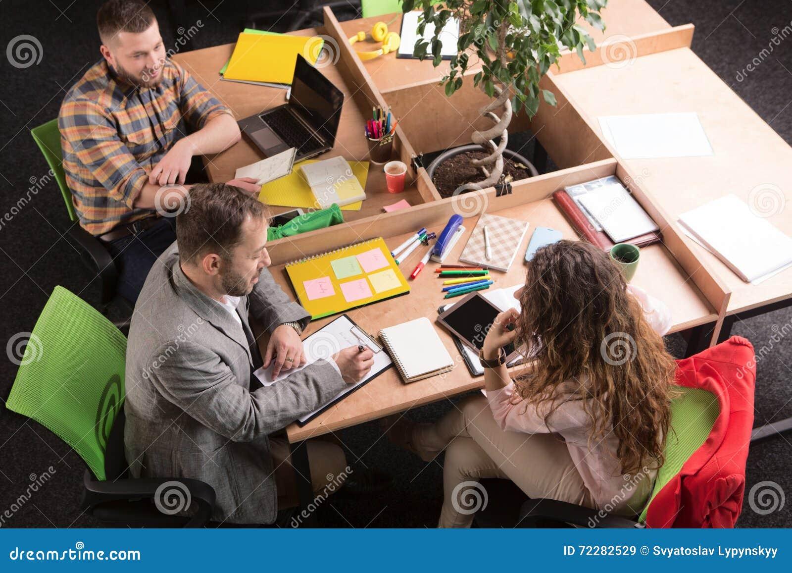 Download деятельность людей офиса дела Стоковое Изображение - изображение насчитывающей работа, женщина: 72282529