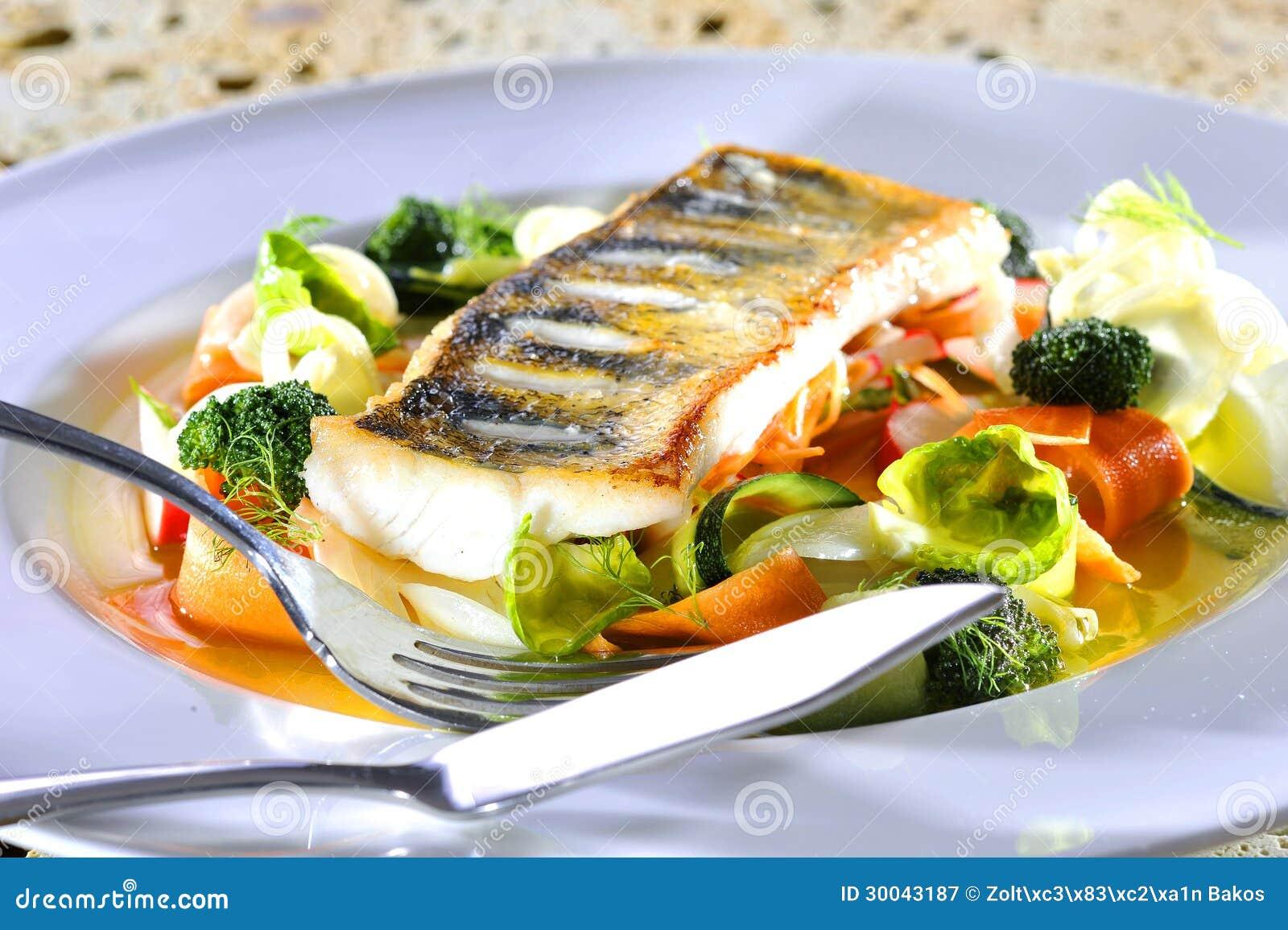 Еда рыб