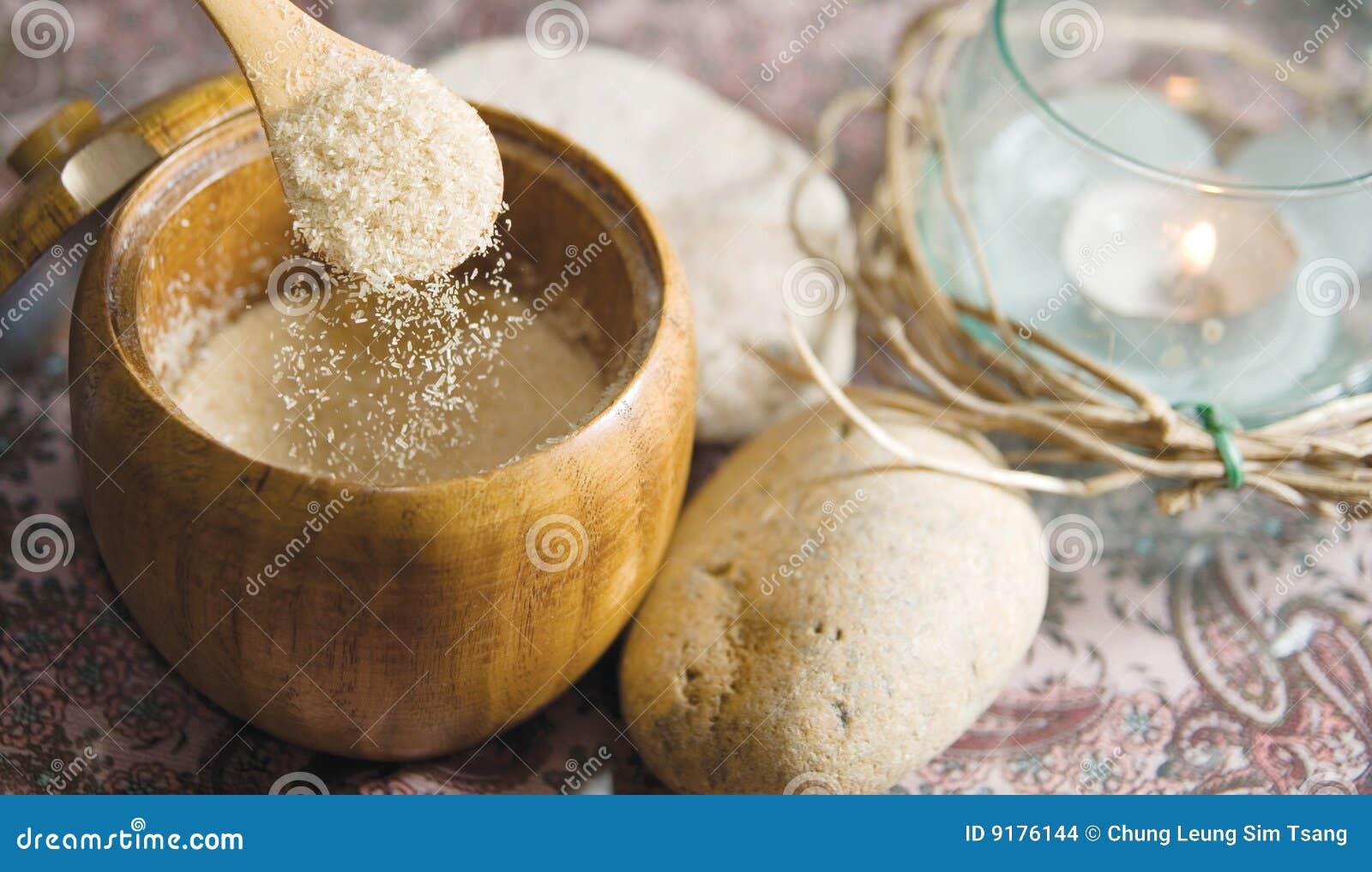 желтый сахарный песок