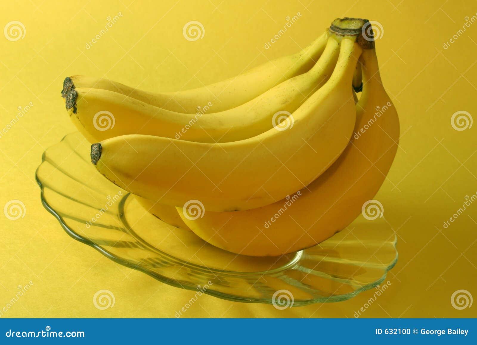 Download желтый цвет бананов предпосылки Стоковое Фото - изображение насчитывающей тепло, полезно: 632100