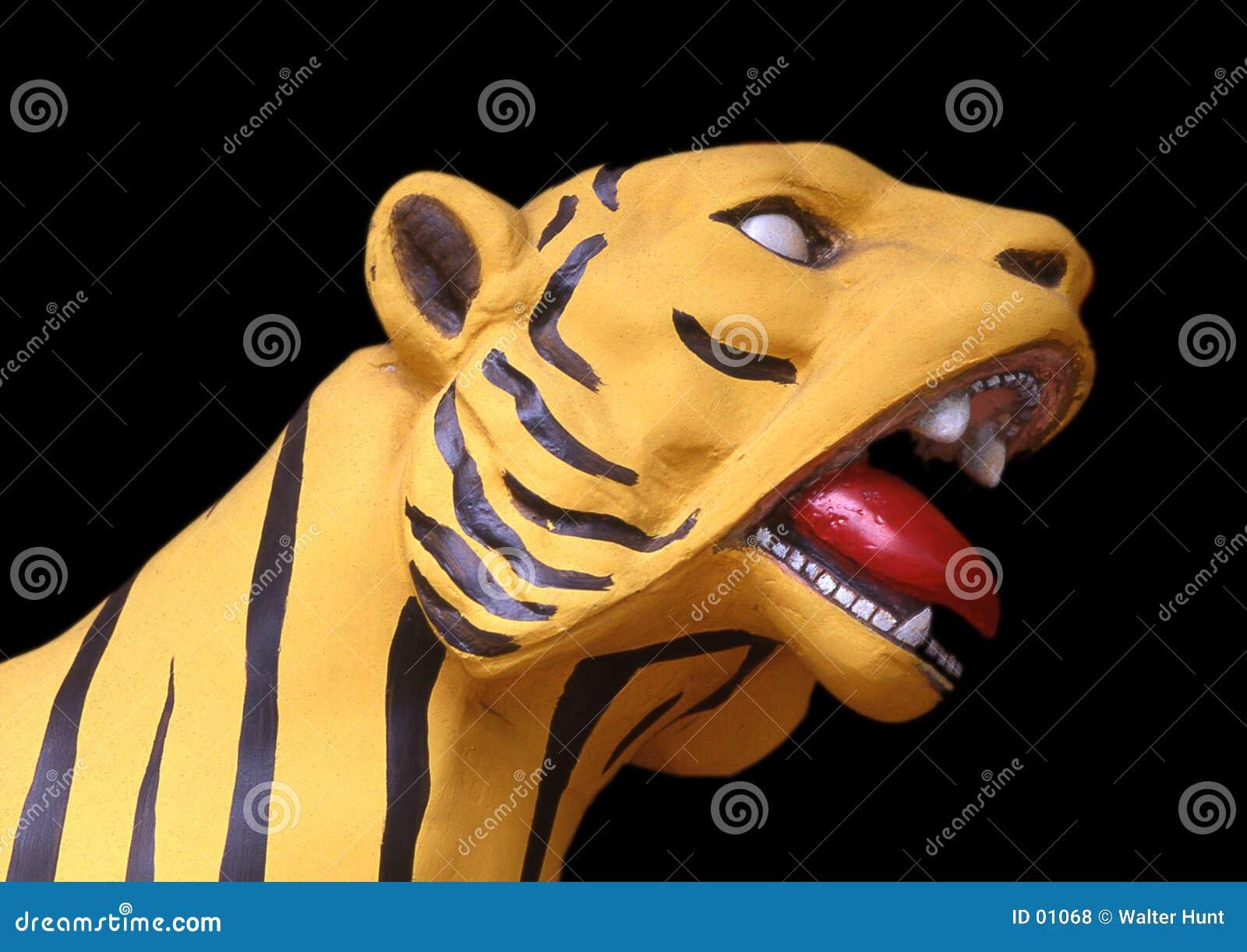 желтый цвет тигра