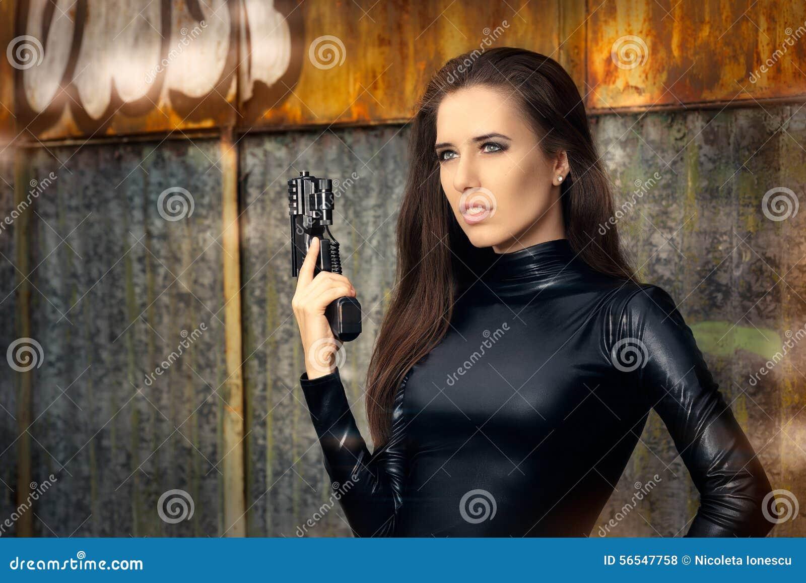 Фото девушки из агента