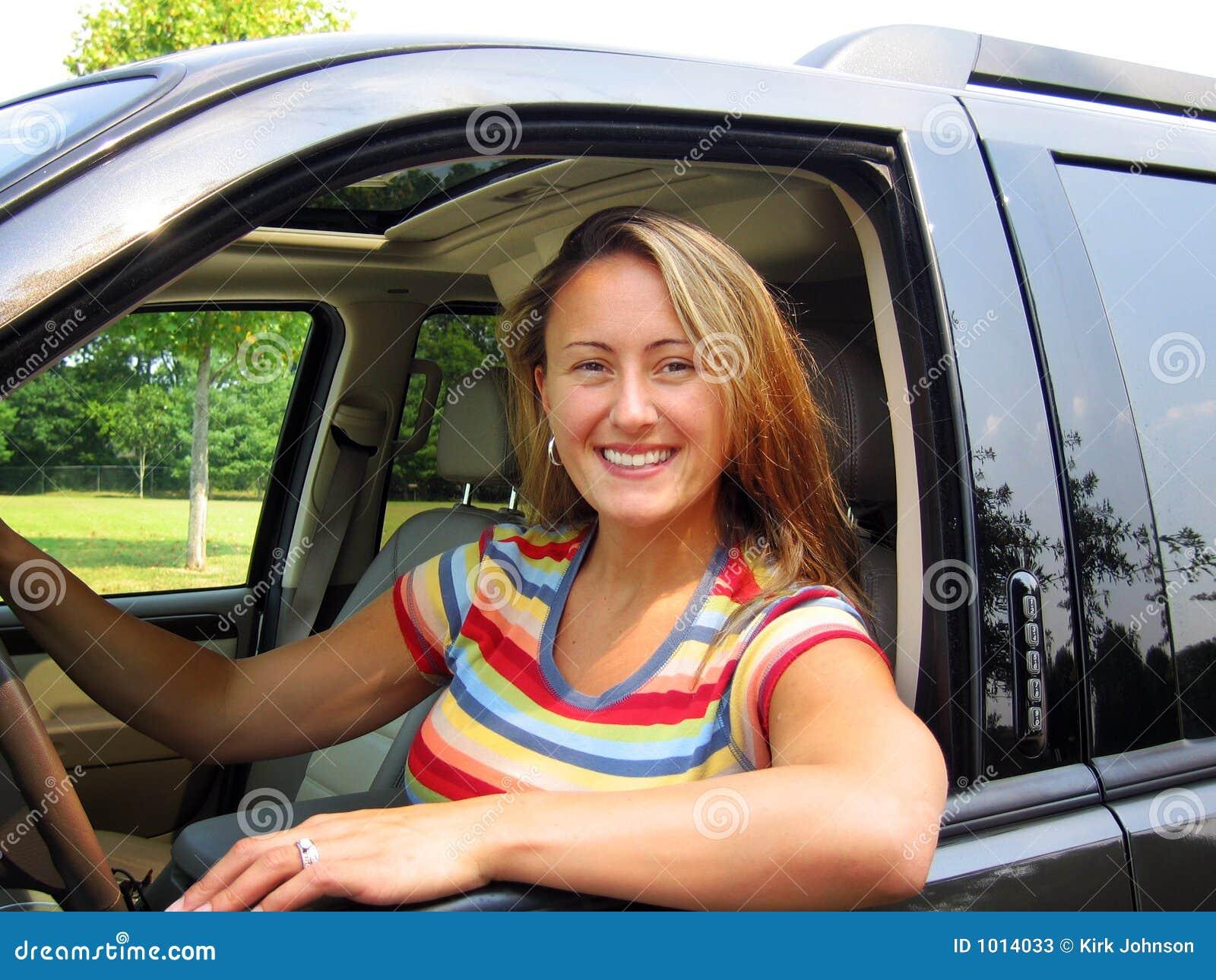 женщина водителя