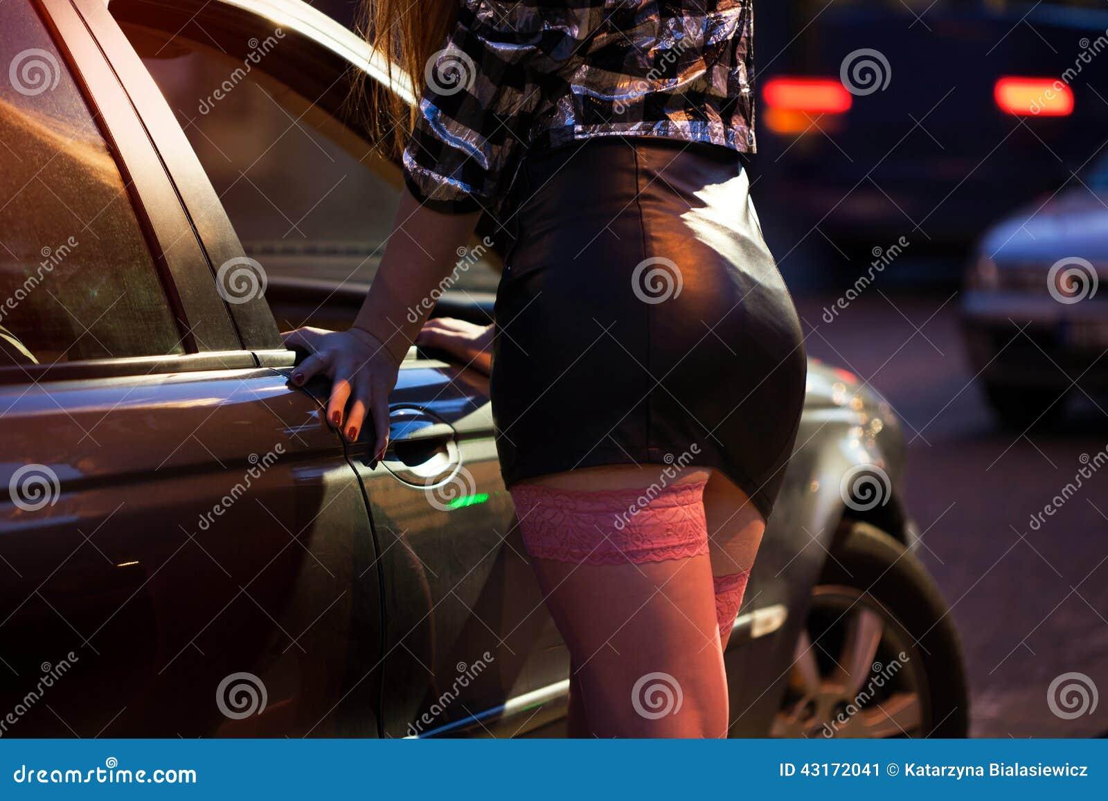 Фото шлюх на улицах, Снял на улице проститутку порно фото бесплатно на 42 фотография