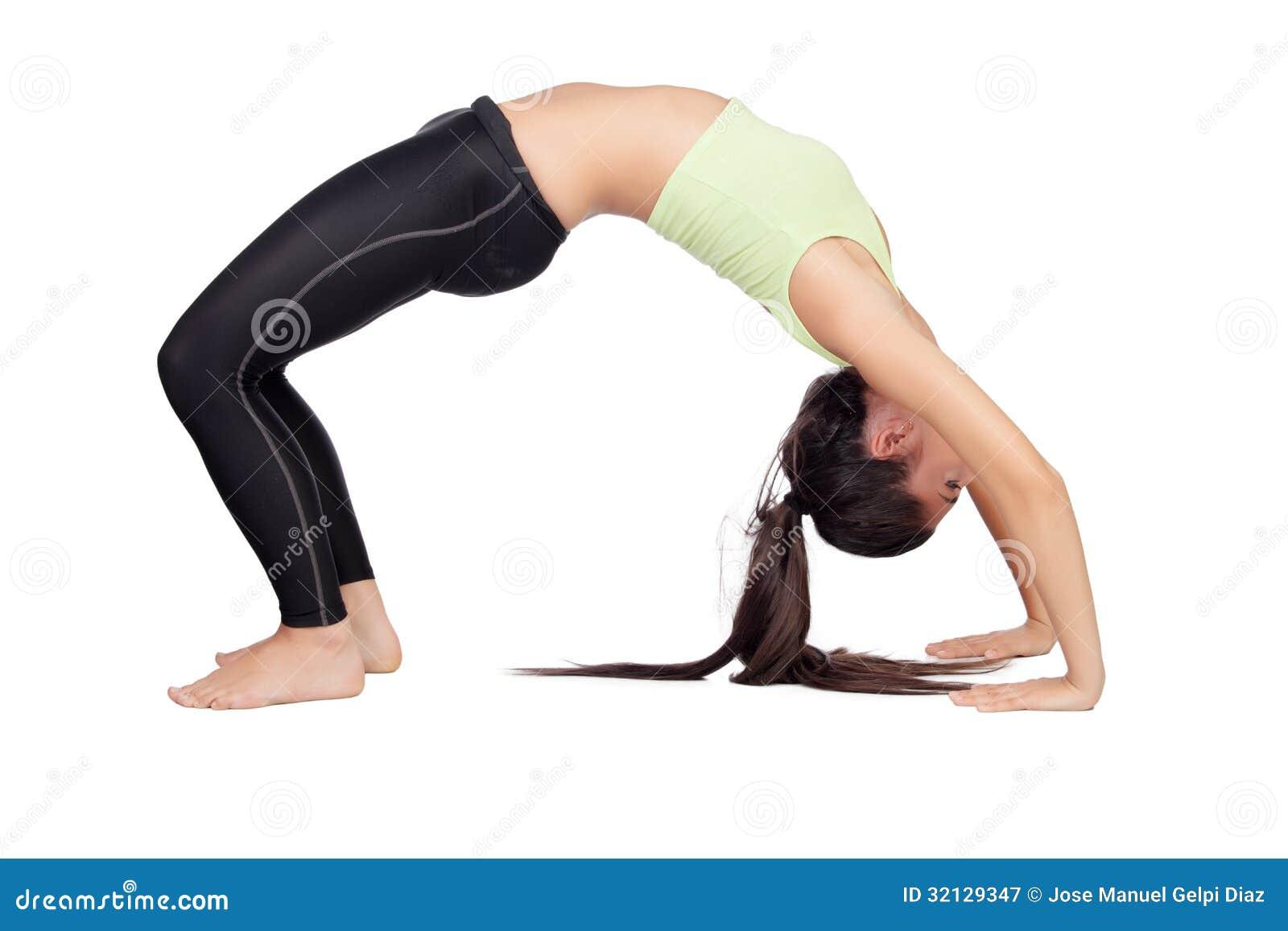 Женщина делая pilates