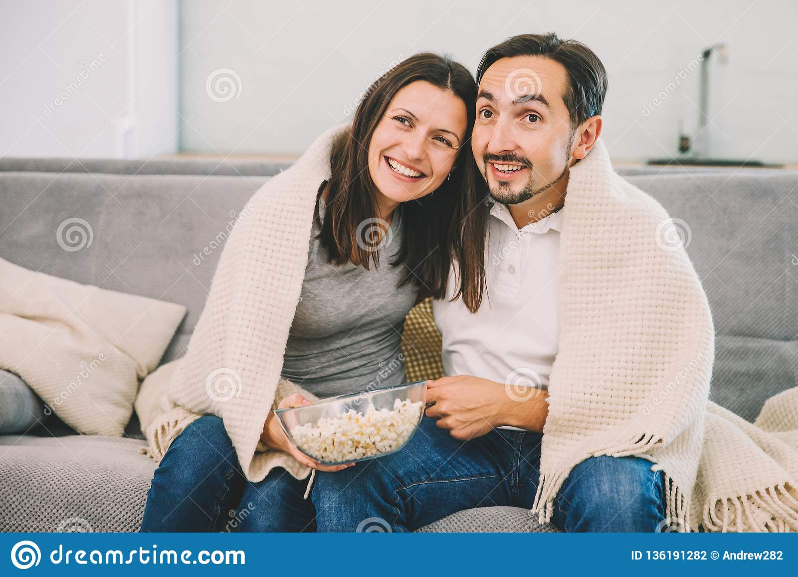 обычные муж и жена видео кого влюбляться