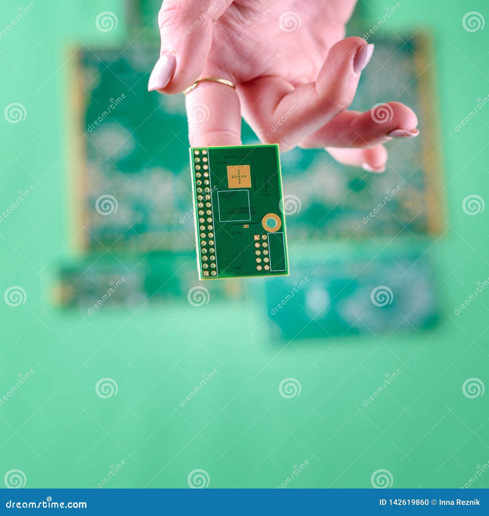 Женщина и технология