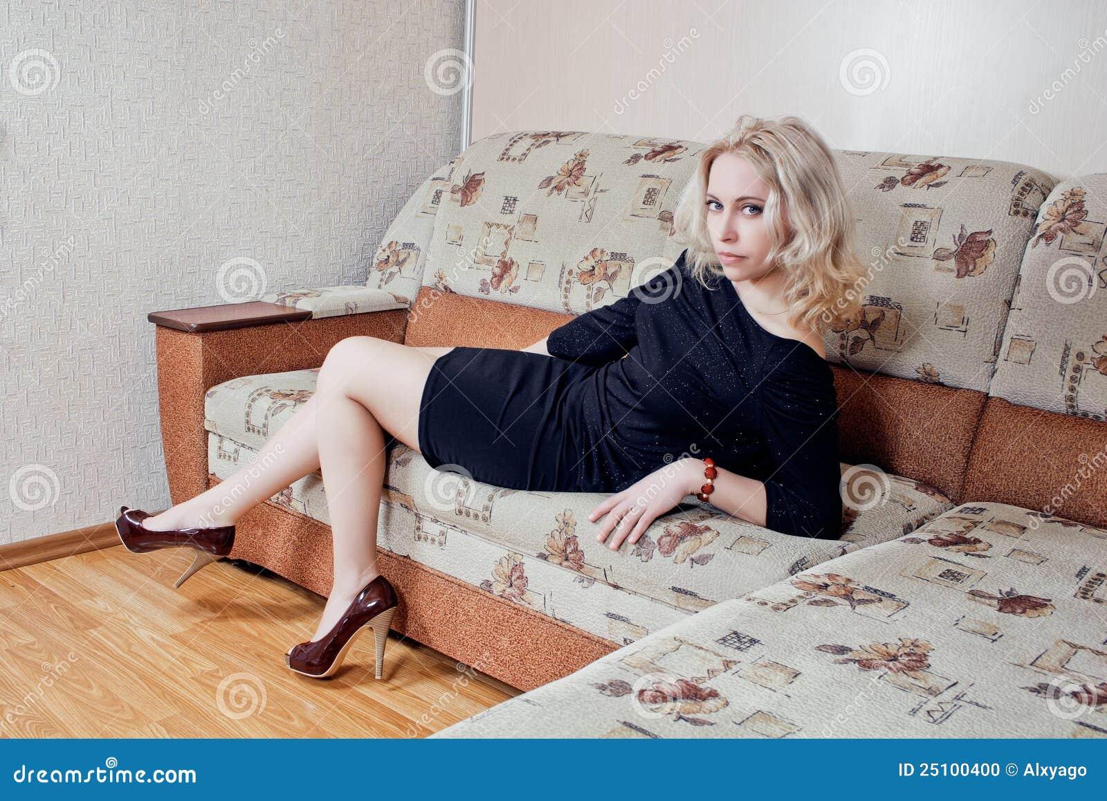 женщина кресла