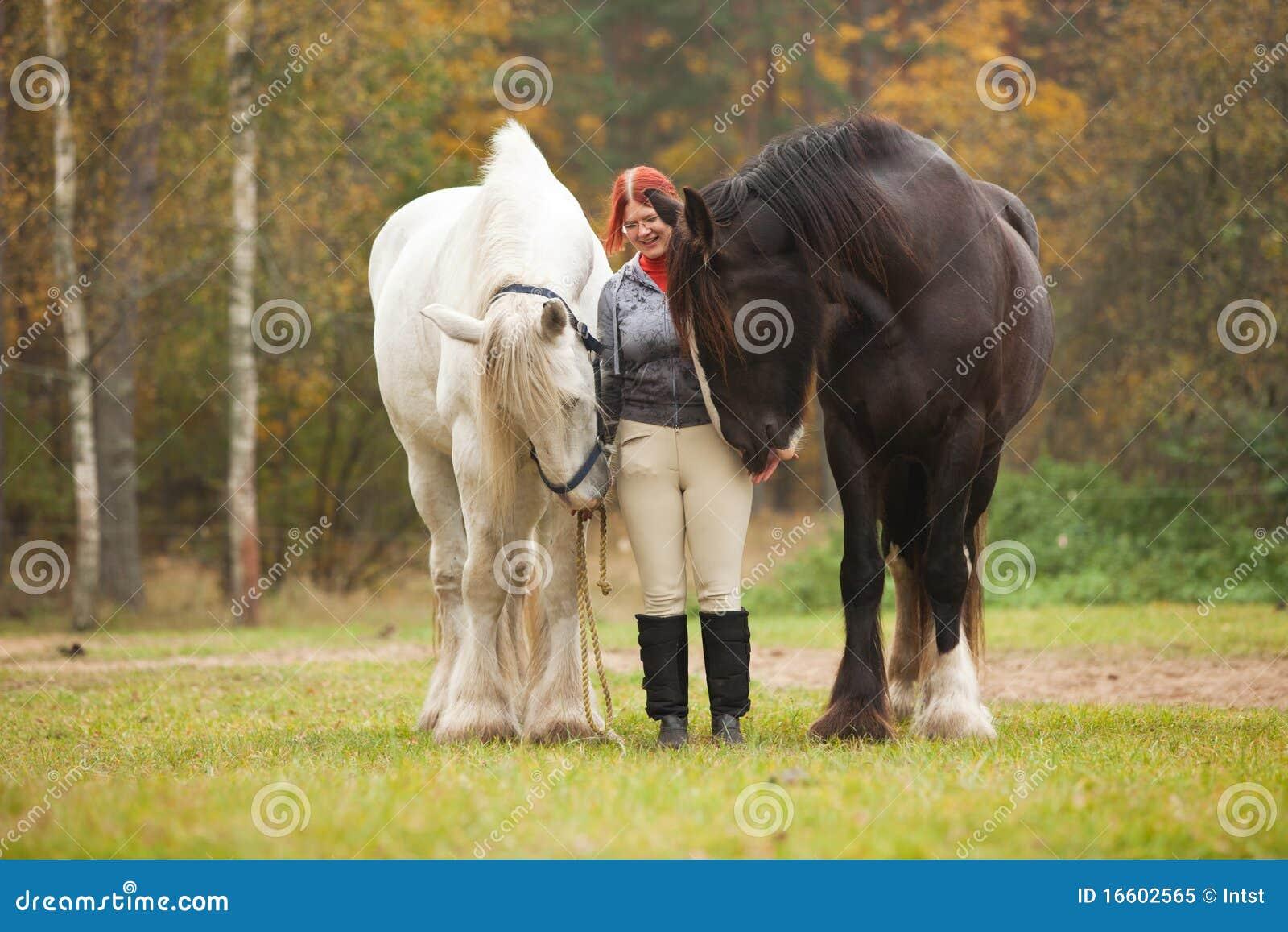 женщина лошадей 2