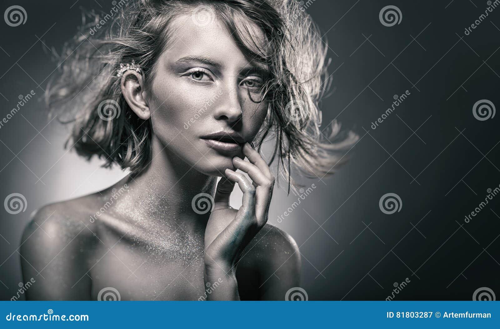 женщина портрета сексуальная