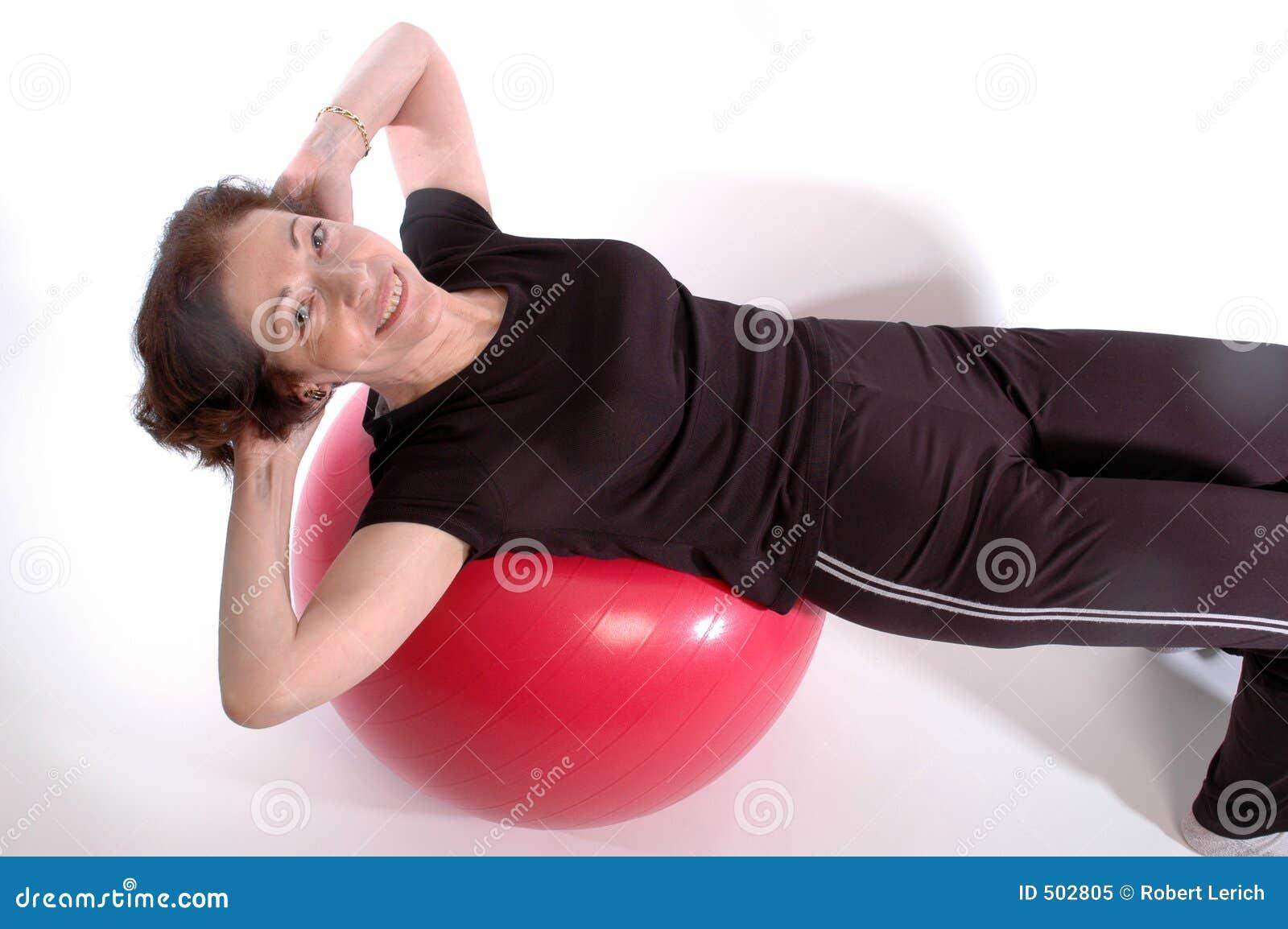 женщина пригодности шарика
