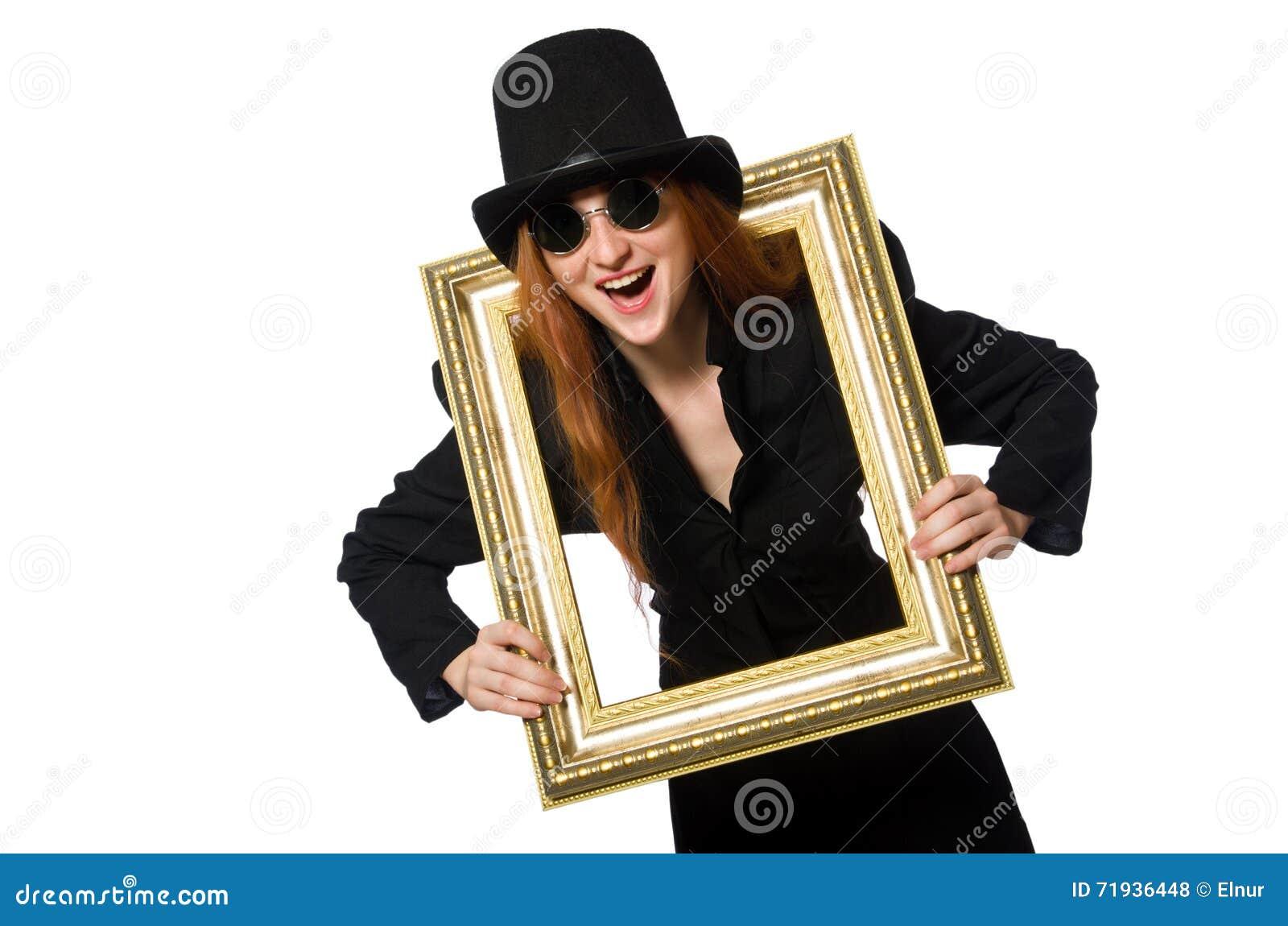 Женщина при картинная рамка изолированная на белизне