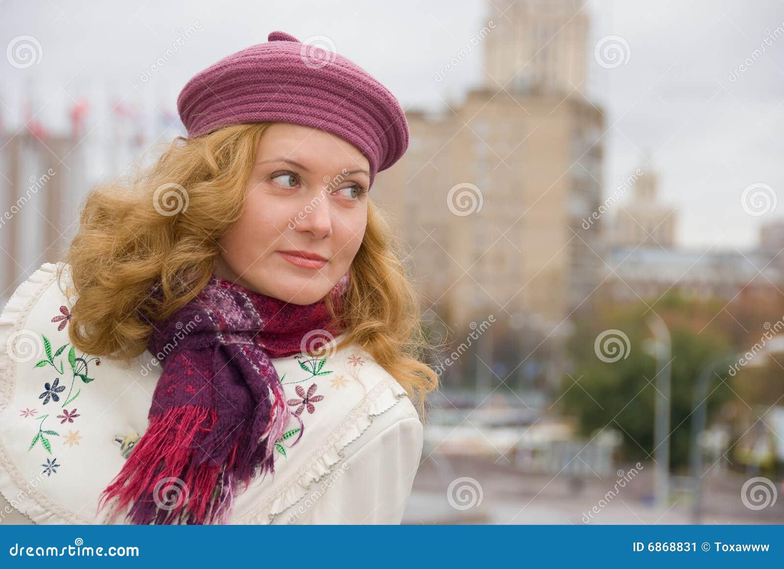 женщина середины времени