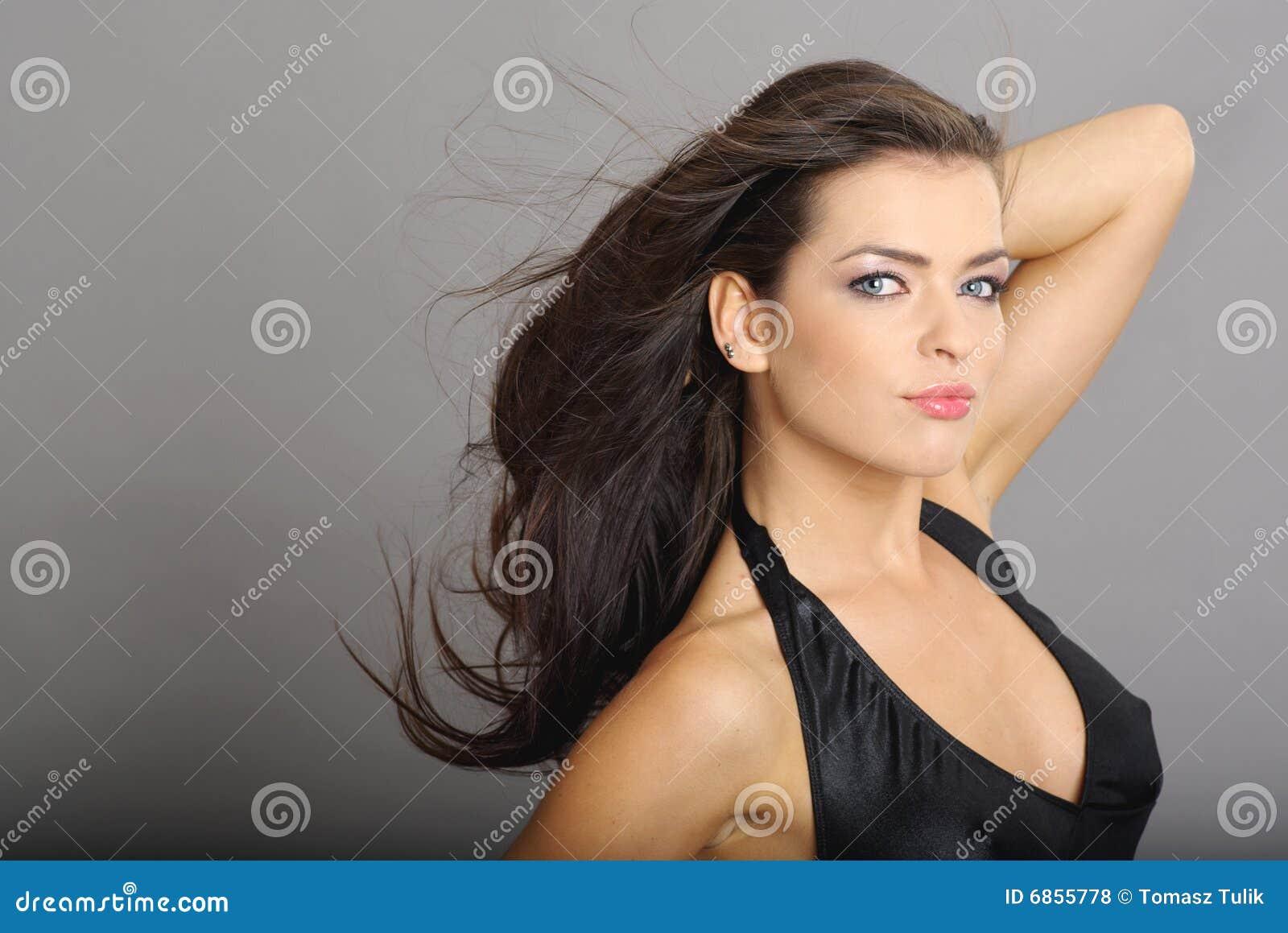 женщина стиля причёсок очарования