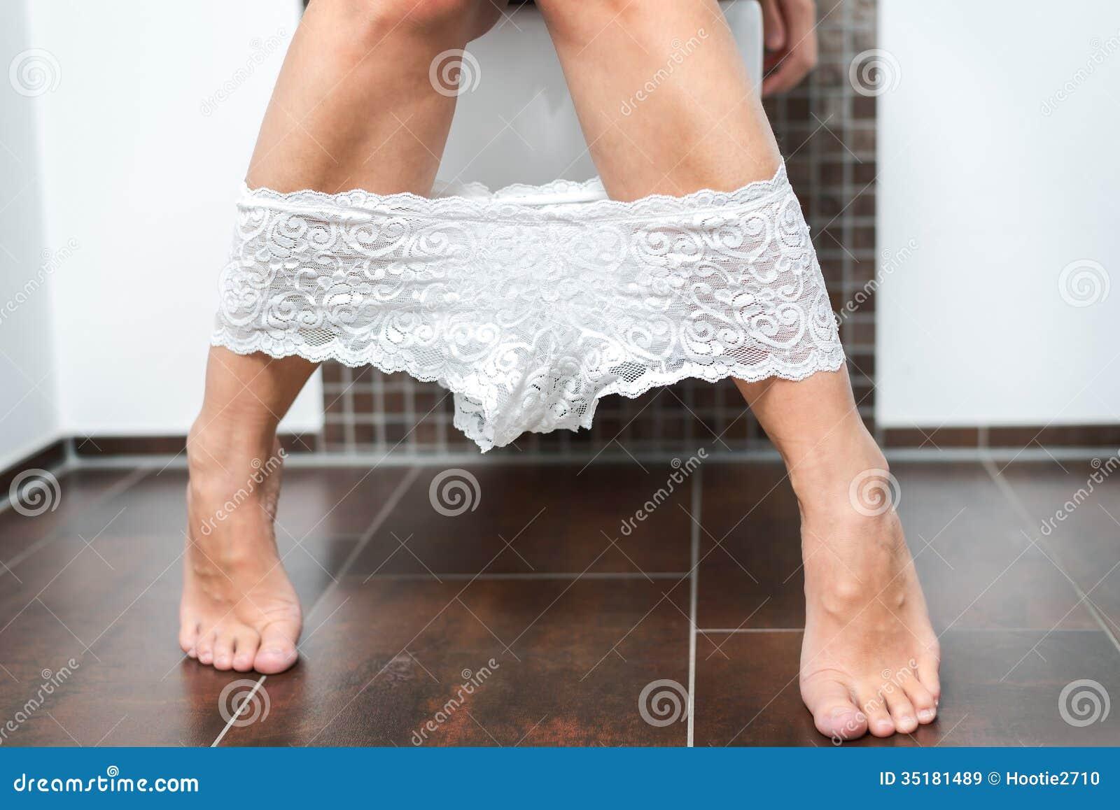 Что у женщин под трусами фото 426-748