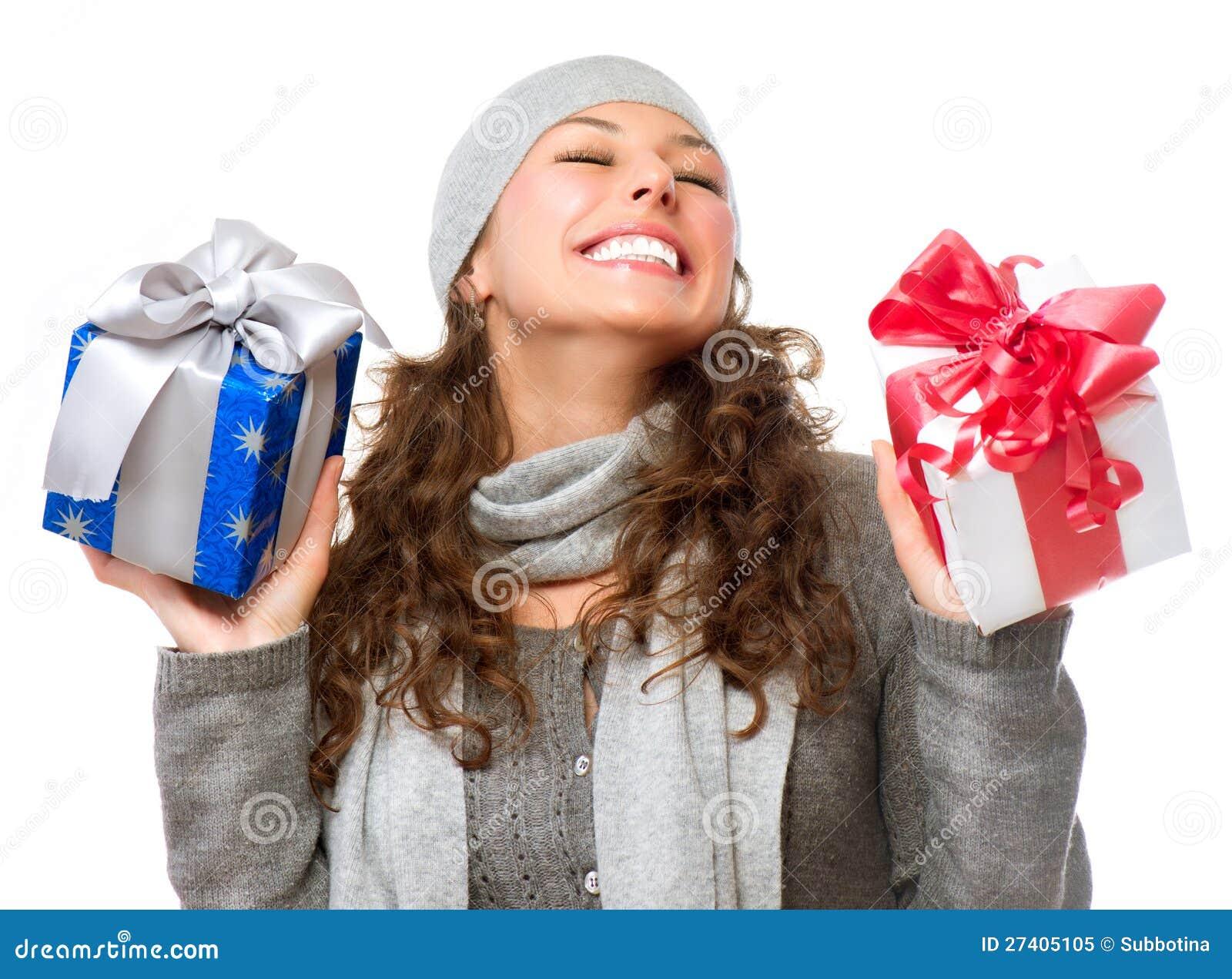 Что может нравится девушкам из подарков