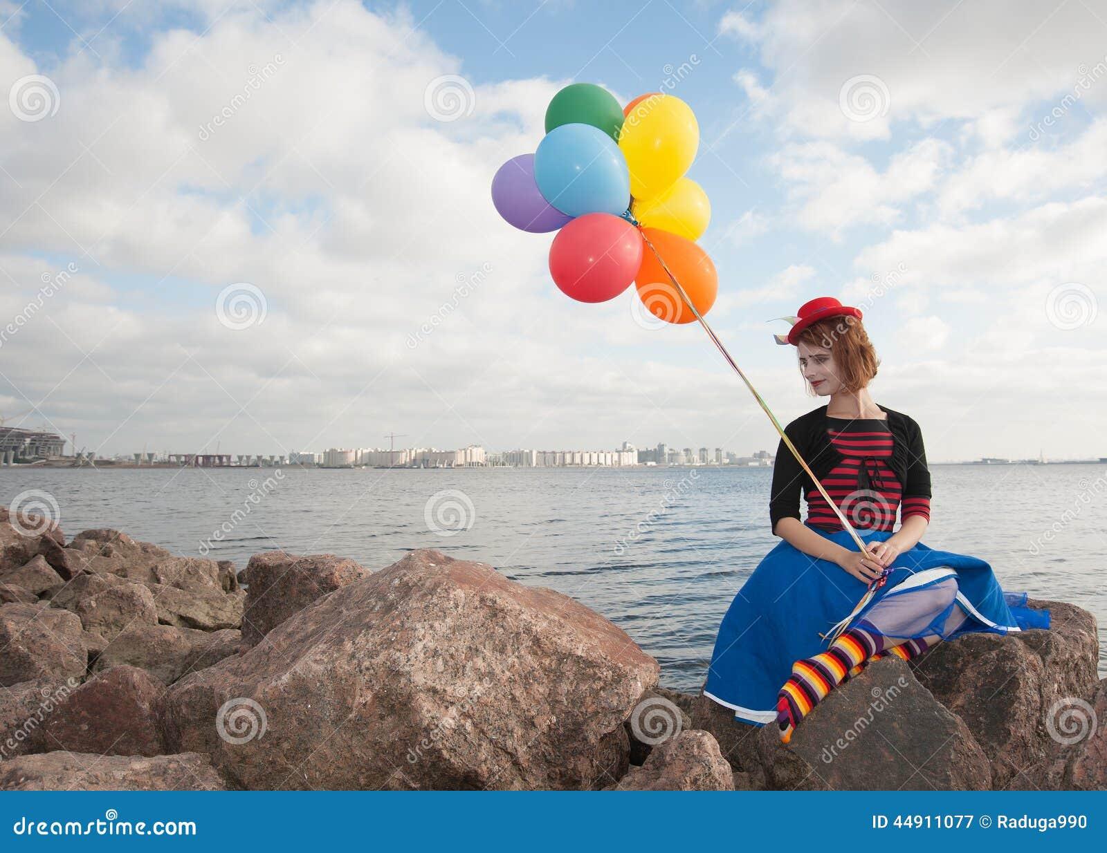 Фото девушки и шарики 29 фотография
