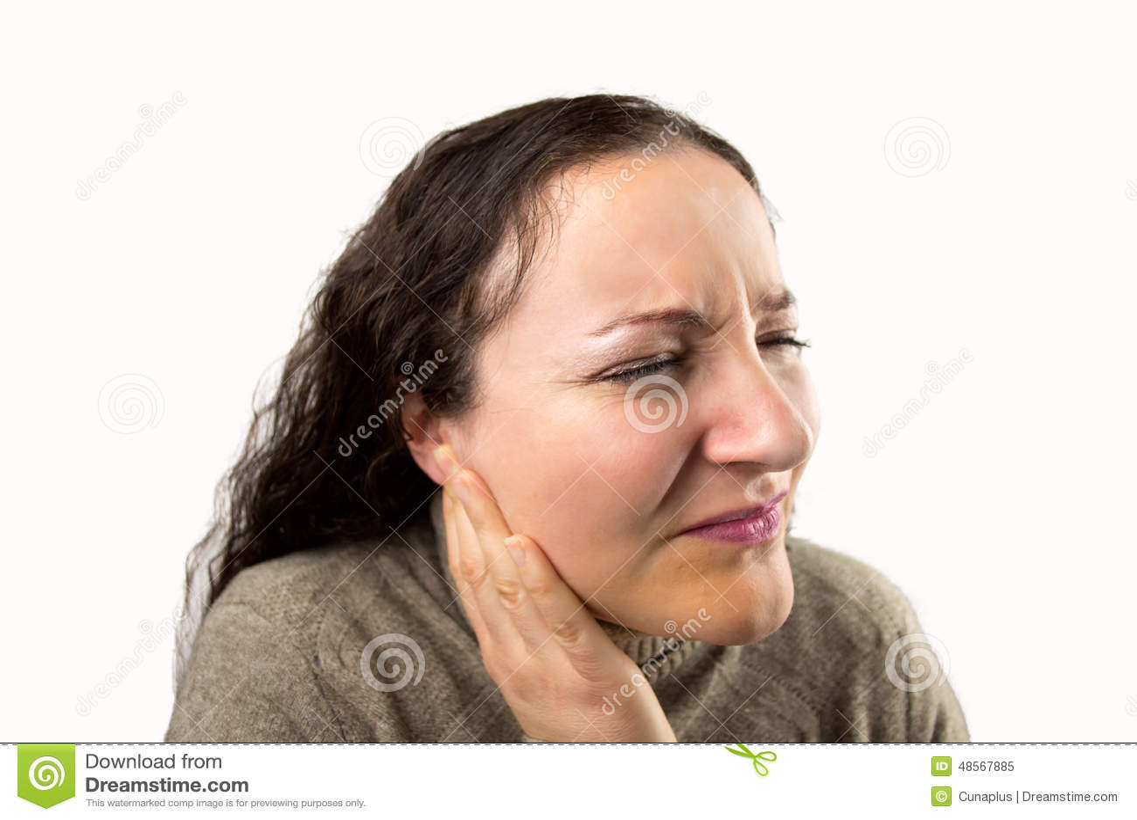 Женщина с earache