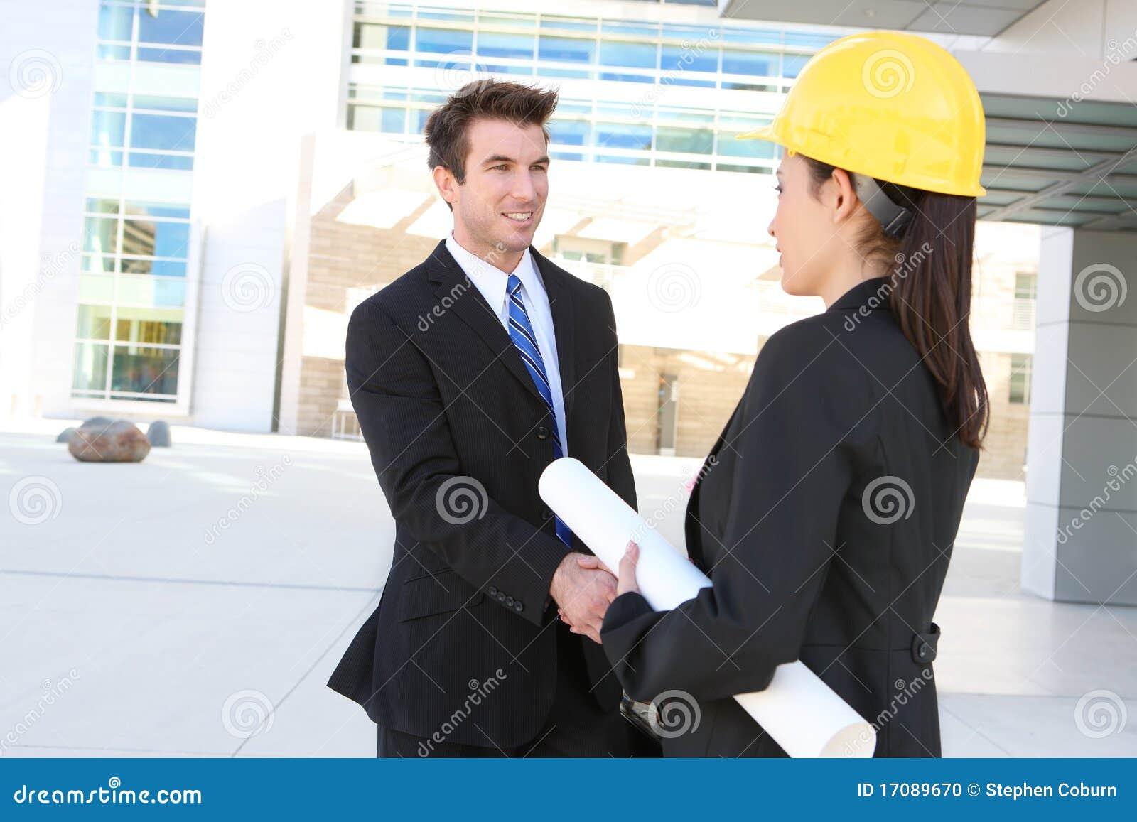 женщина человека конструкции дела