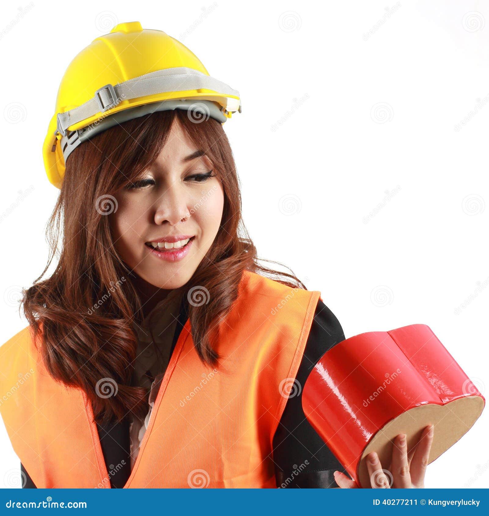 Женщины инженера