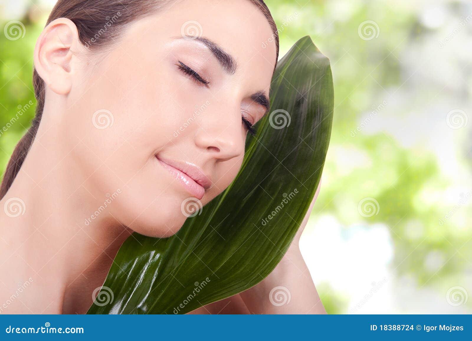 женщины красотки естественные