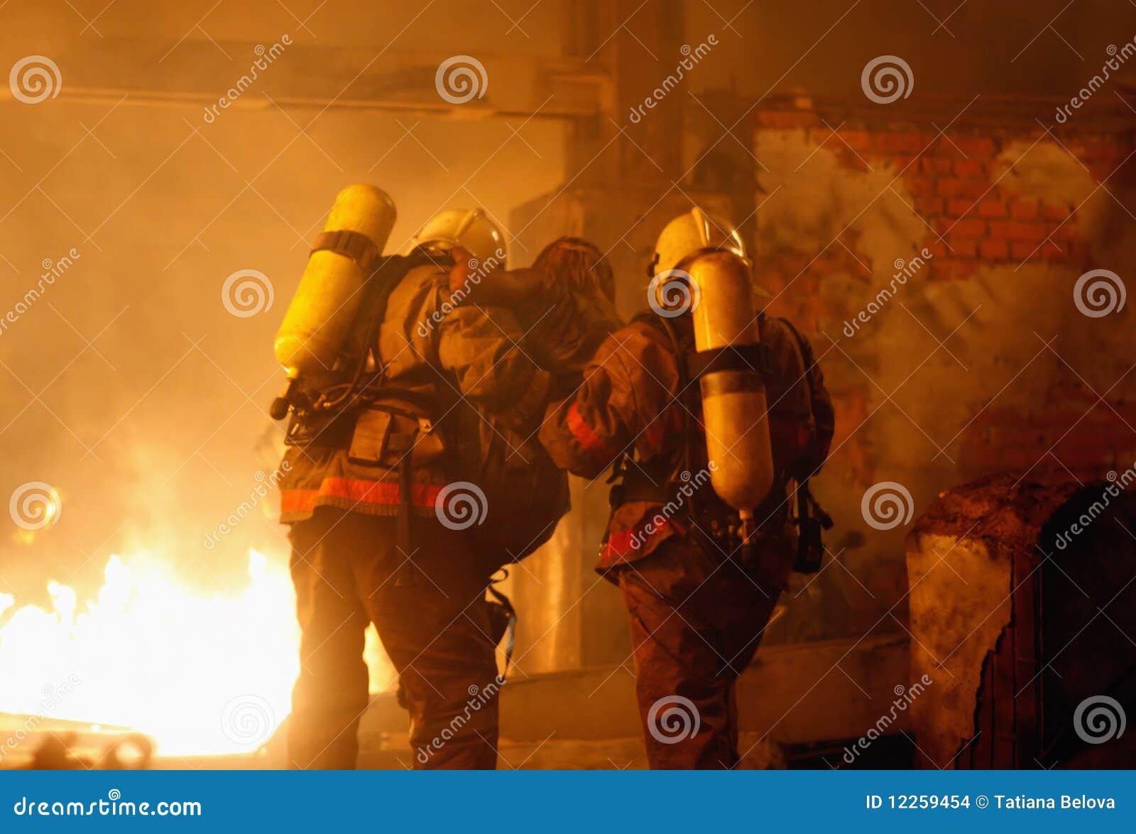 жертва пожарных аварии