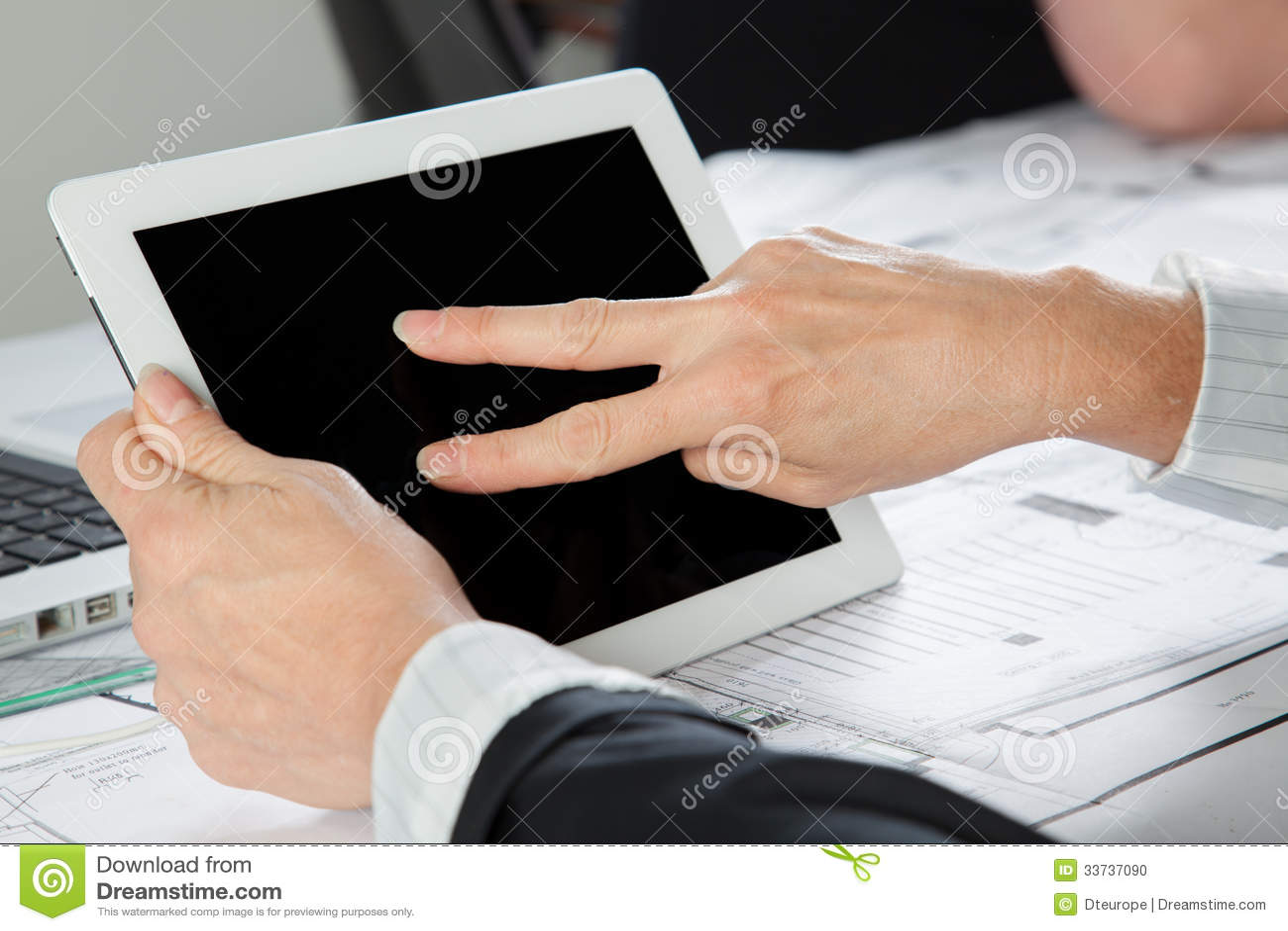 Жест 2 пальцев горизонтальный