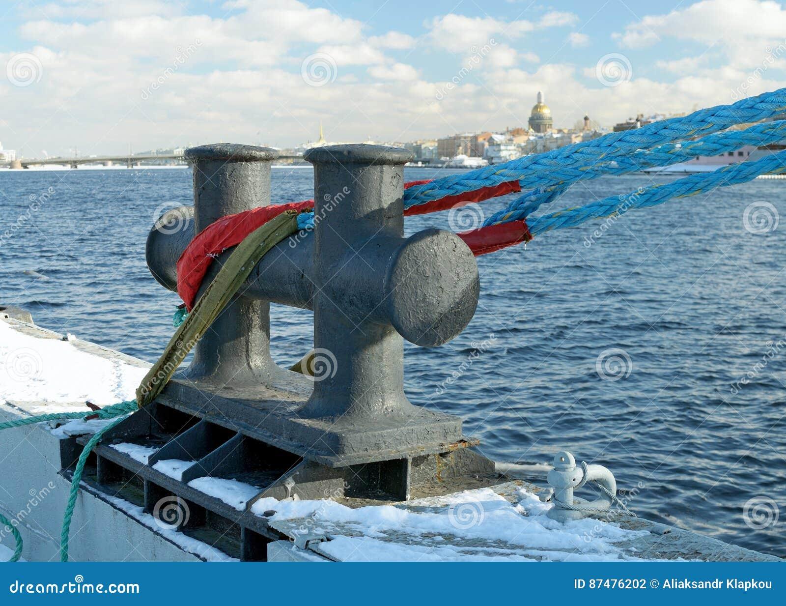 Железные палы для кораблей